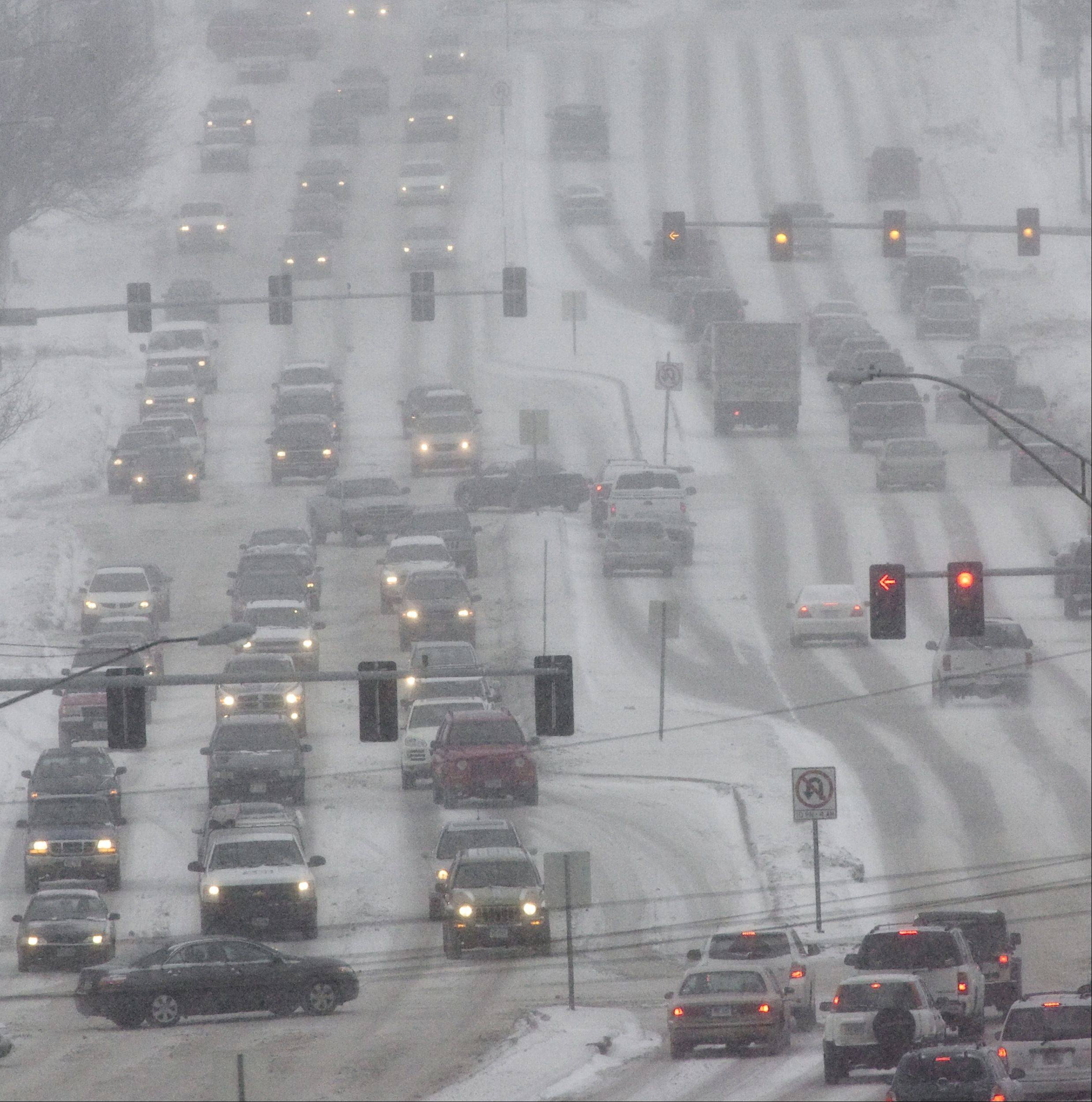 The National Weather Service is predicting more than 6 inches of snow for some parts of the Chicago suburbs during the first half of the week.