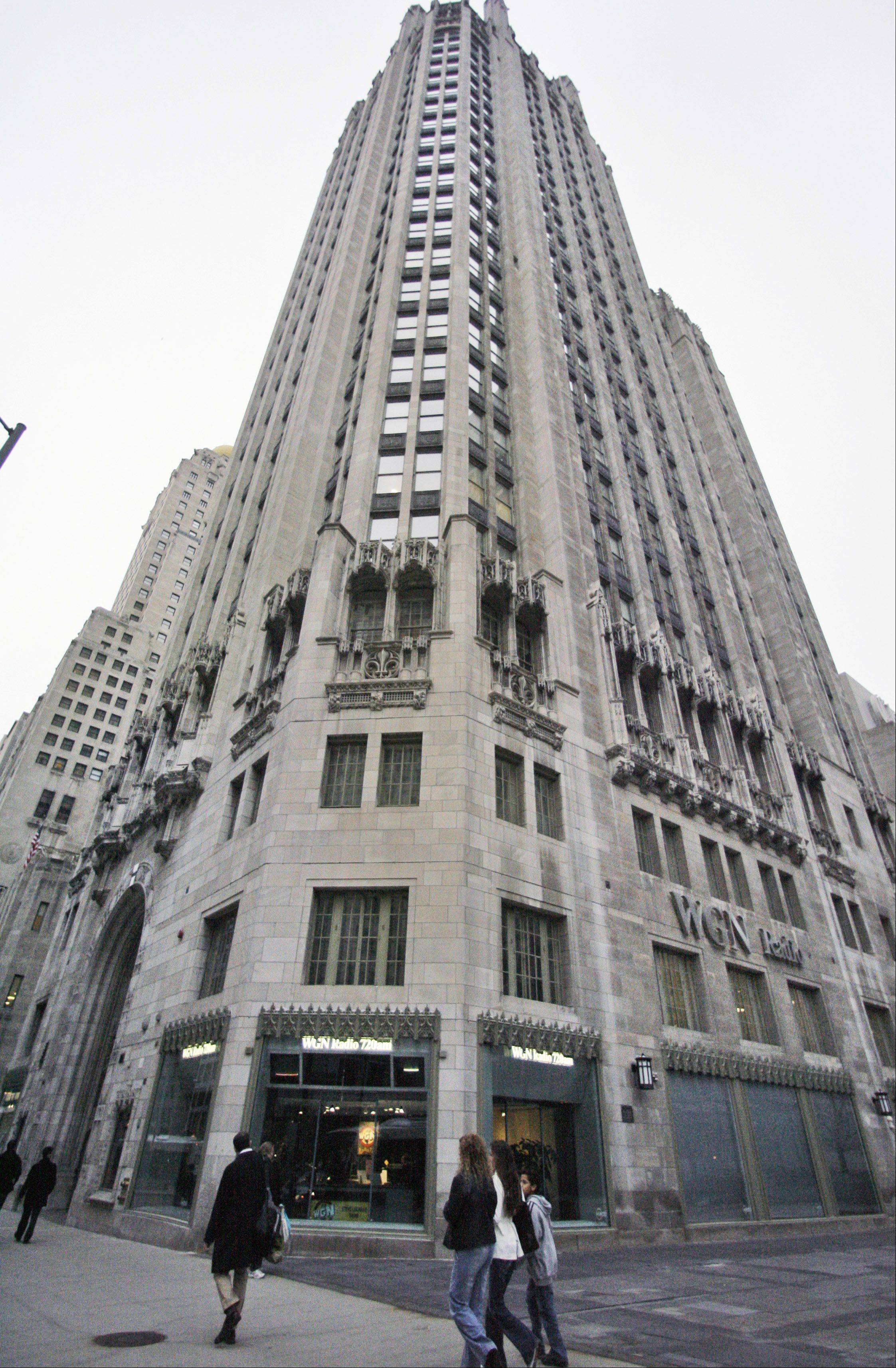 Tribune Co. owns the Chicago Tribune and seven other daily newspapers.