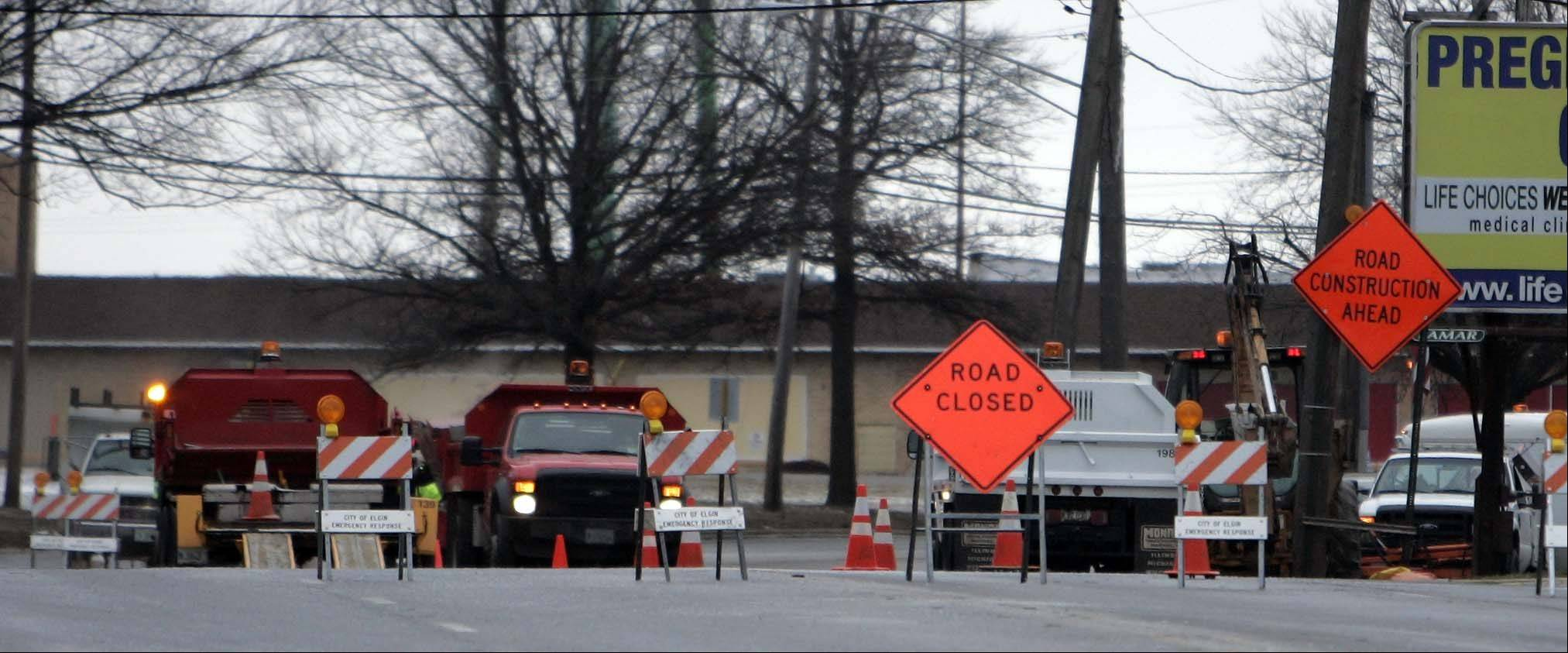 All four lanes on Route 31 between Wing Street and Big Timber Road in Elgin were closed for about four hours while public works crews repaired a water main break.