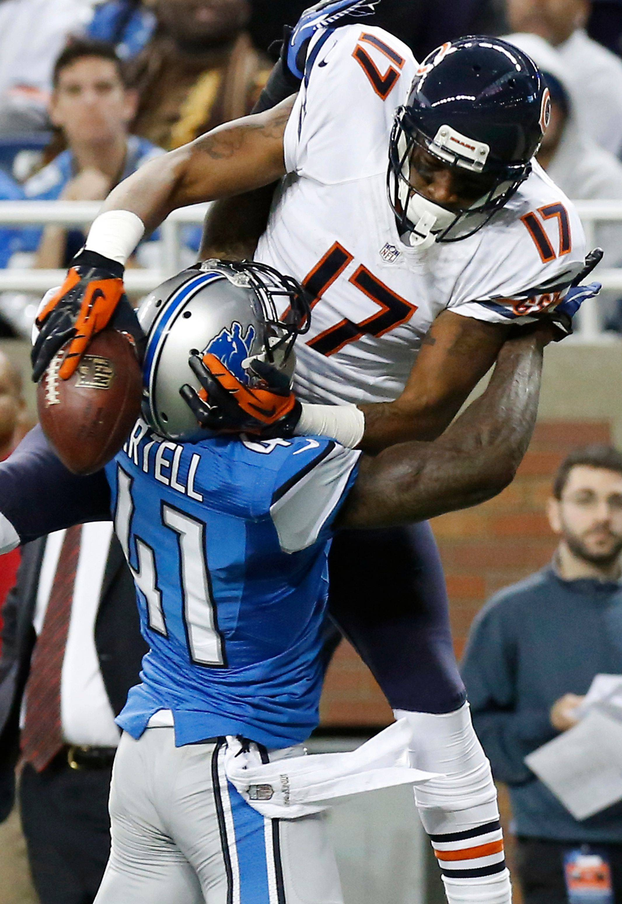 Alshon Jeffery had 4 catches for 76 yards, including a 55-yarder on the Bears' first play from scrimmage. Jeffery