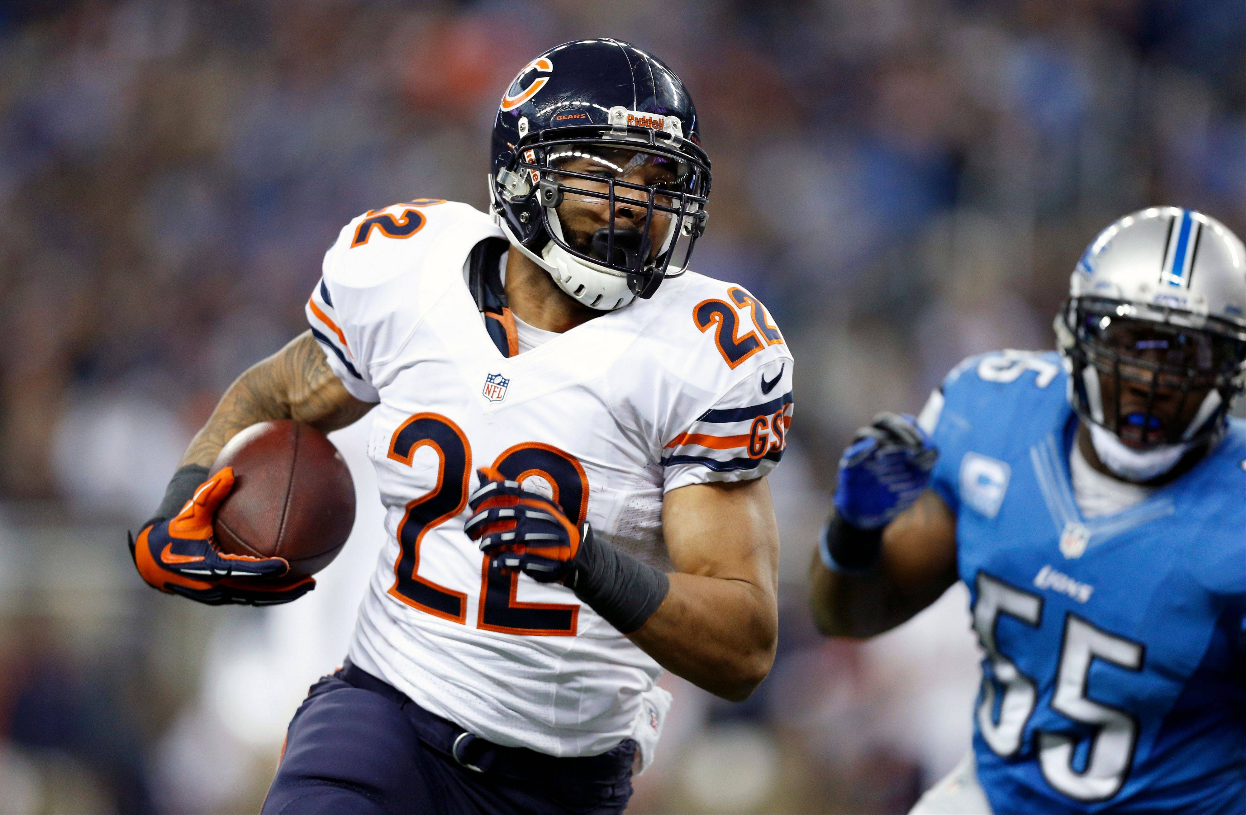 Chicago Bears running back Matt Forte (22) runs during the second quarter of an NFL football game against the Detroit Lions at Ford Field in Detroit, Sunday, Dec. 30, 2012.