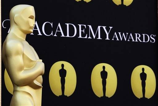 Growing concern that problems with the new electronic Oscar voting system could lead to record-low turnout has prompted the motion picture academy to extend the deadline for members to vote for Oscar nominations.
