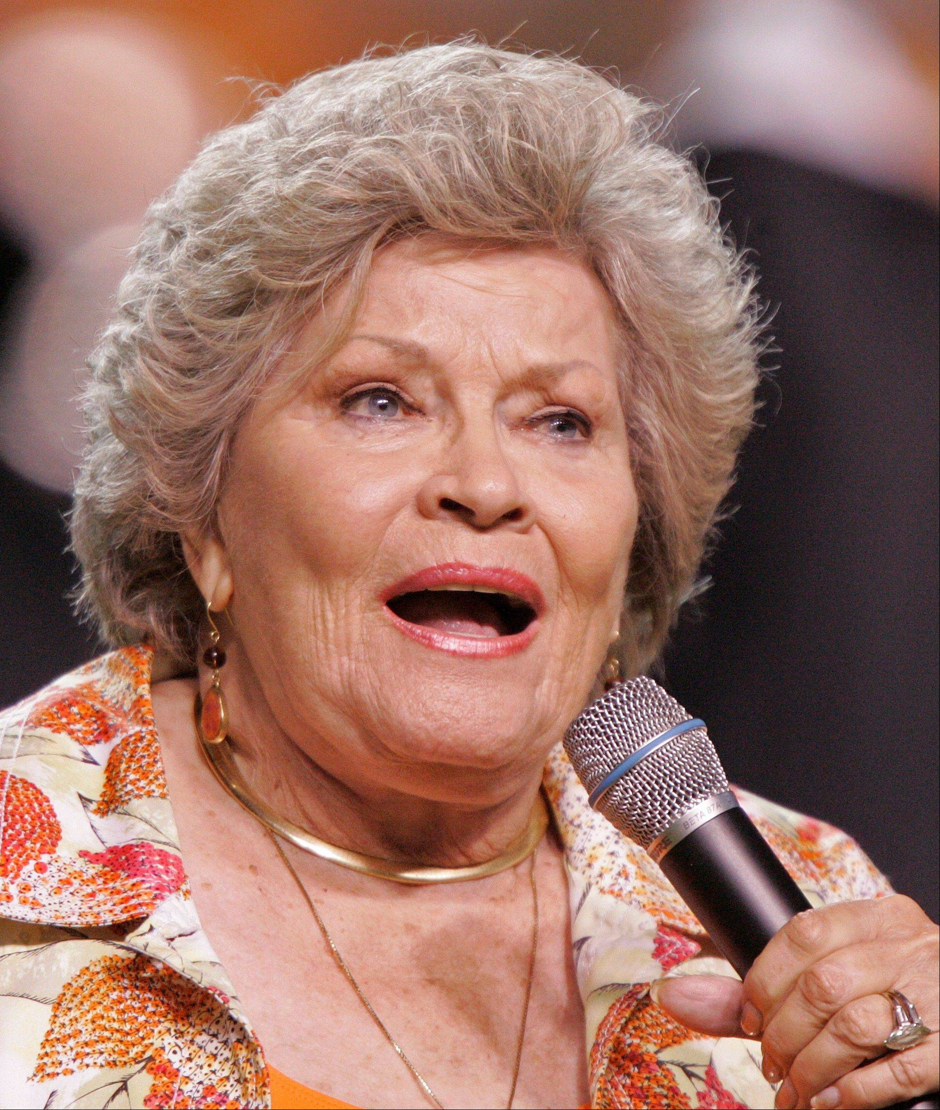 "Singer Patti Page, who made ""Tennessee Waltz"" the third best-selling recording ever, has died. She was 85."