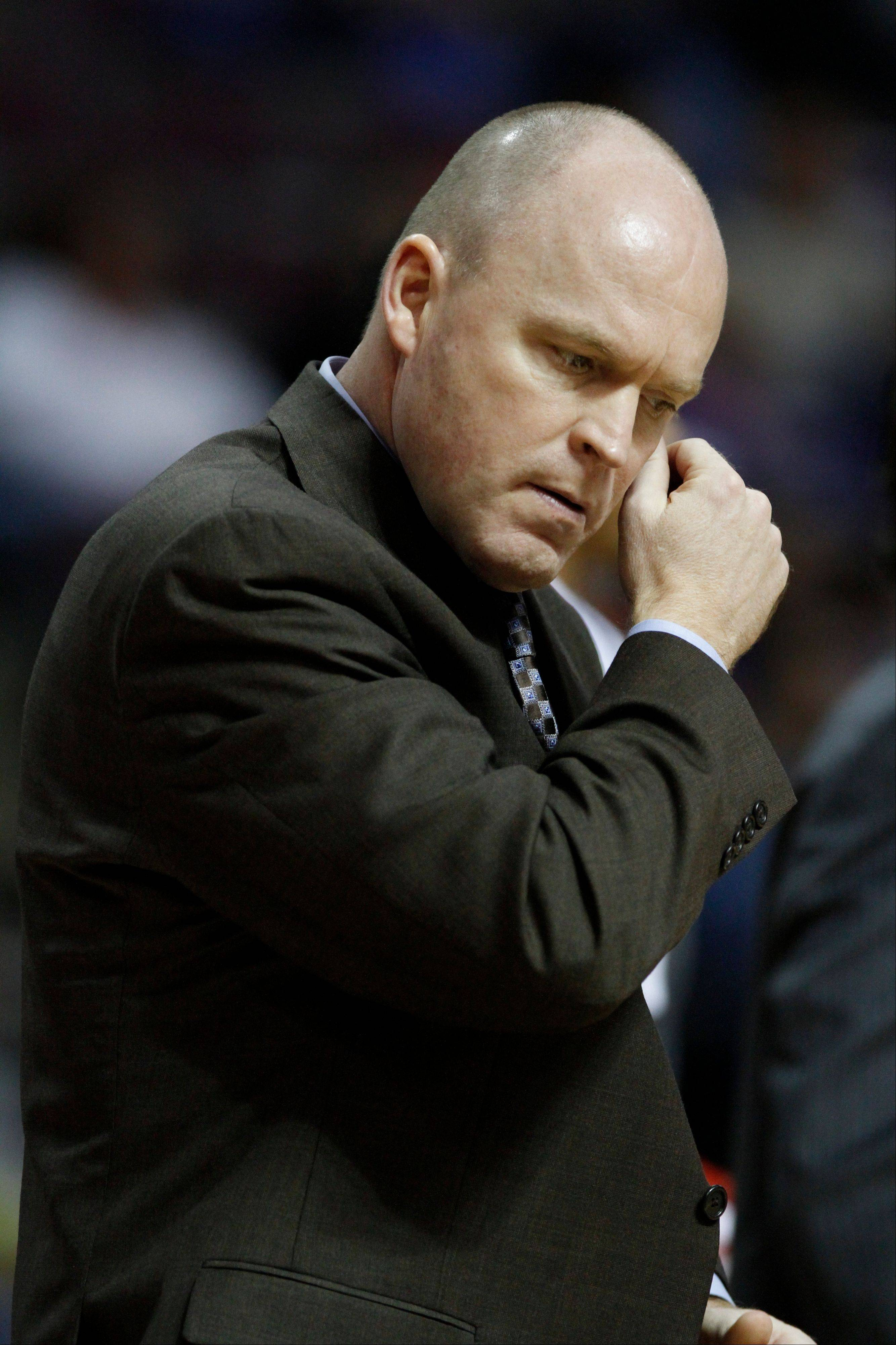 Just as it did with the Bulls, coach Scott Skiles' tenure with the Milwaukee Bucks ended a few months into a season.