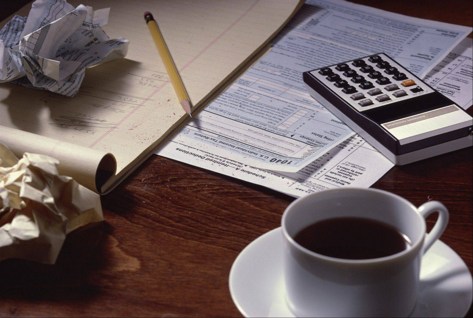 The IRS says changes in federal tax laws should not delay most returns for 2012.