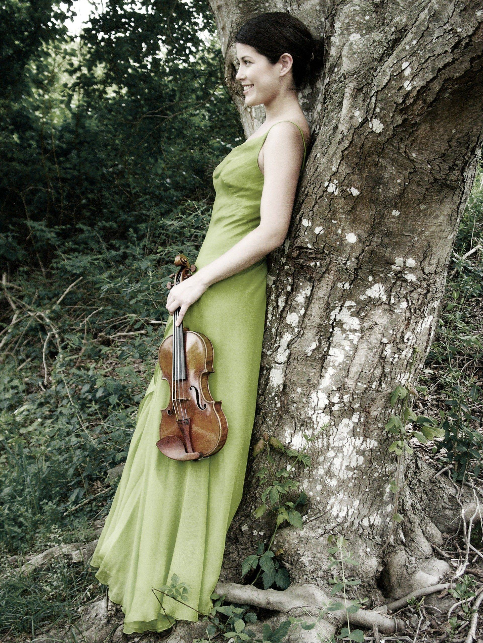"Violinist Jennifer Frautschi joins the Elgin Symphony Orchestra as a soloist in Vivaldi's ""The Four Seasons."""