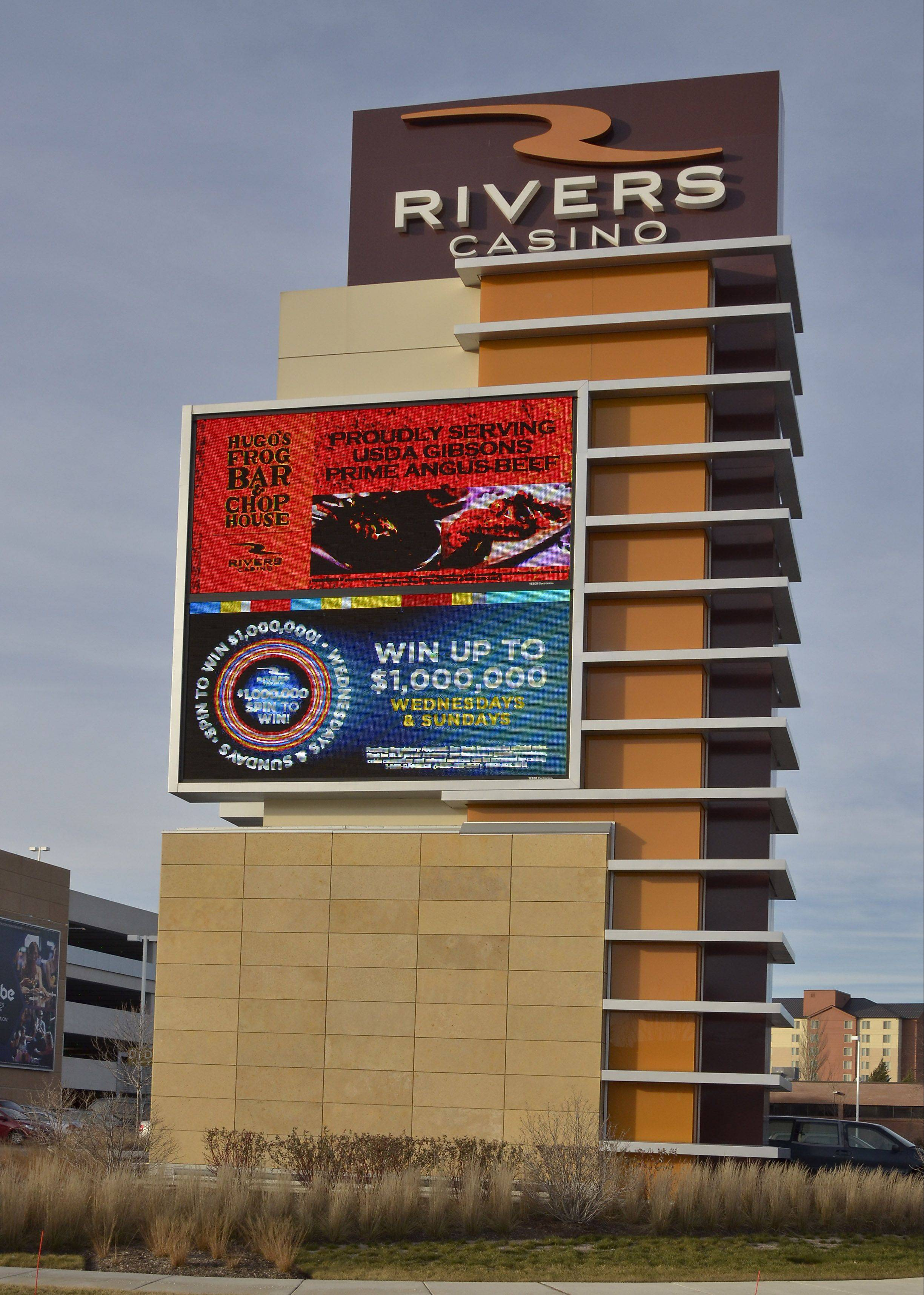 The Rivers Casino in Des Plaines is bringing in more revenue than any other casino in the state.