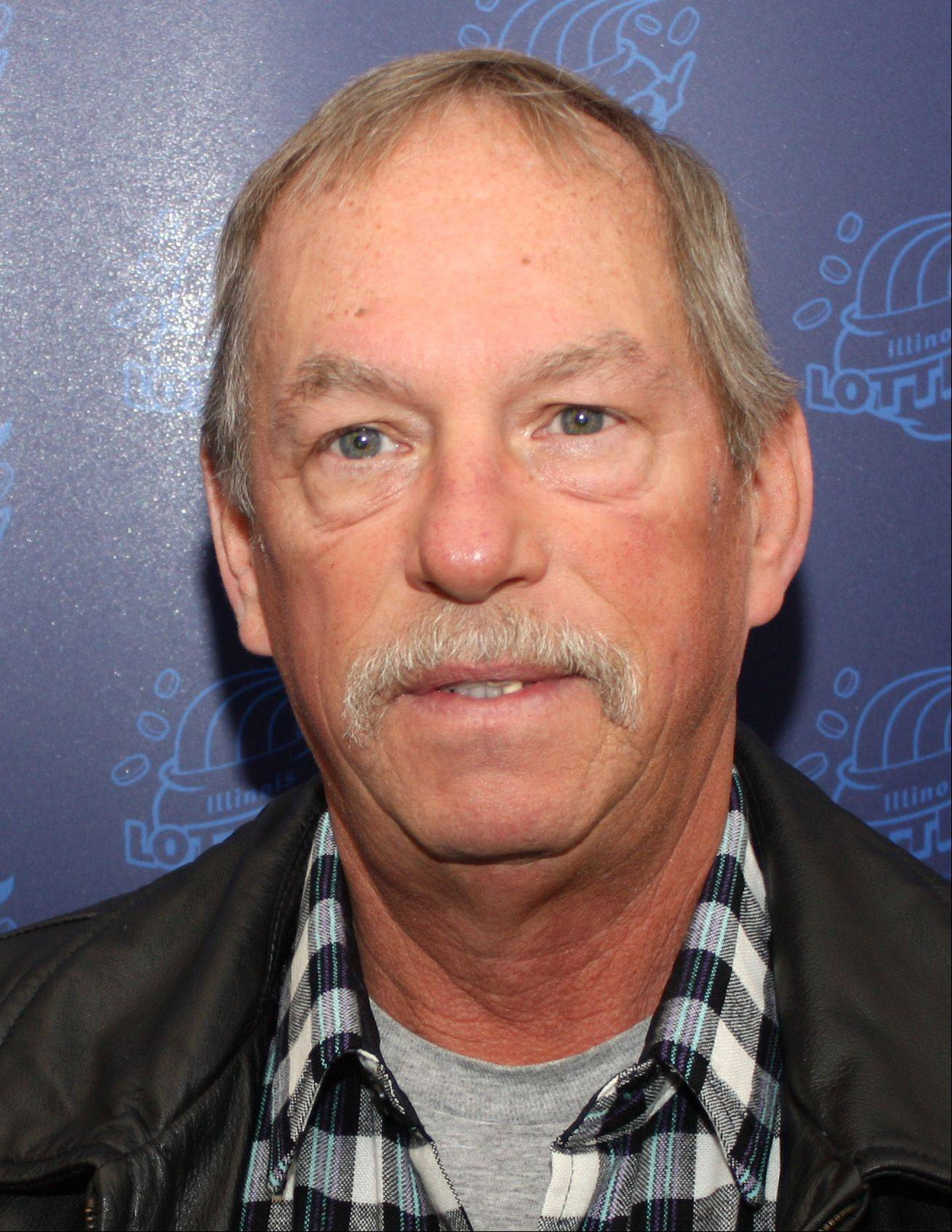 James Abner of Elgin won a one-time payment of $380,000 with a Cash for Life ticket.
