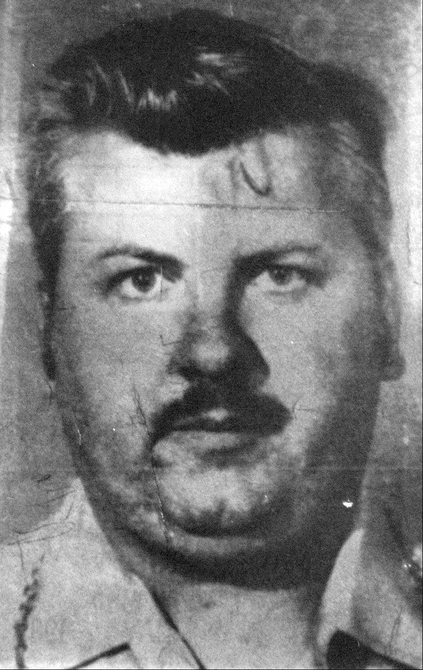 Cook County State's Attorney Anita Alvarez has asked for a warrant to search the housing complex where the late mother of convicted killer John Wayne Gacy, pictured, once lived.