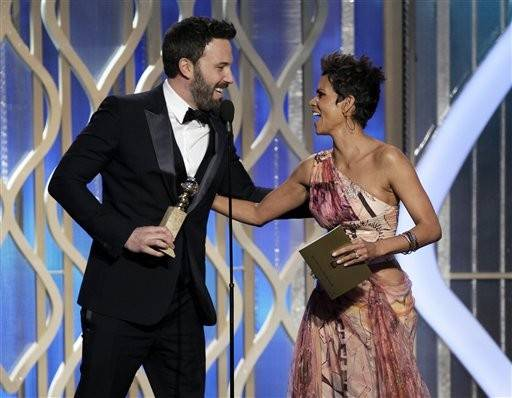 "Ben Affleck thanks Halle Berry after his ""Argo"" win."