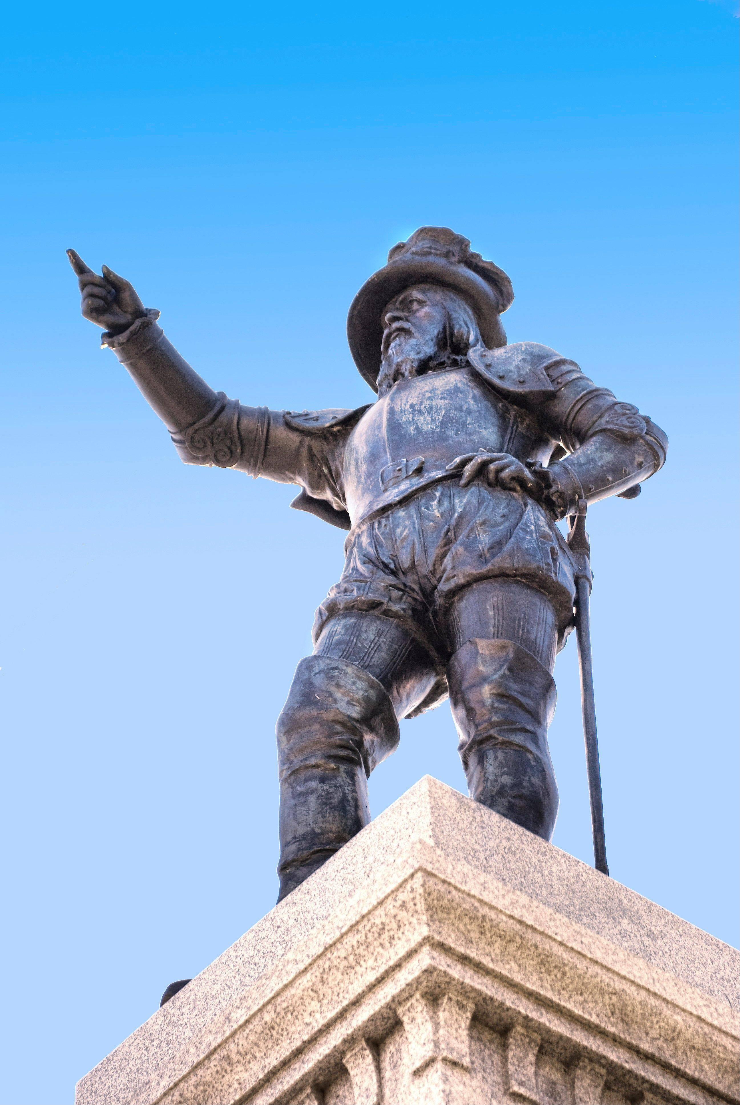 A statue of Spanish explorer Ponce de Leon is located at the foot of the Bridge of Lions in St. Augustine's Plaza de La Constitucion.