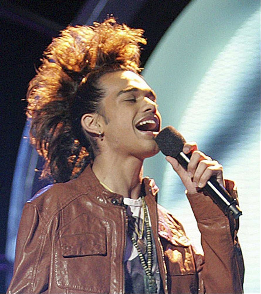 """American Idol"" contestant Sanjaya Malakar, pictured here performing in 2007, was among the dozens of contestants targeted by VoteForTheWorst.com. The suburban-based website announced it will be shutting down following this season of Idol in June."