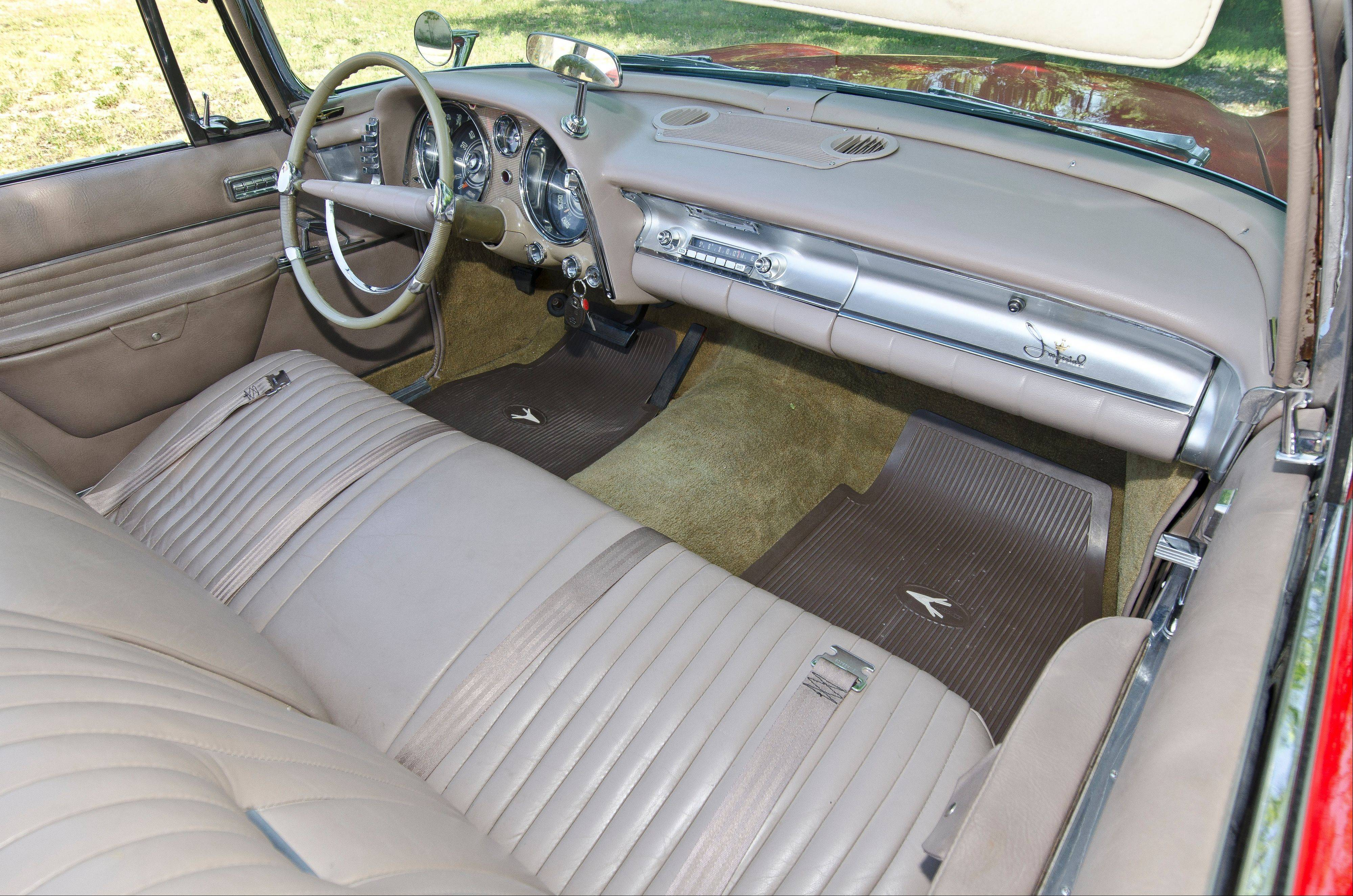 Only 600 convertible Imperial Crown's rolled off the assembly line in 1958, each with a dash-mounted rearview mirror.