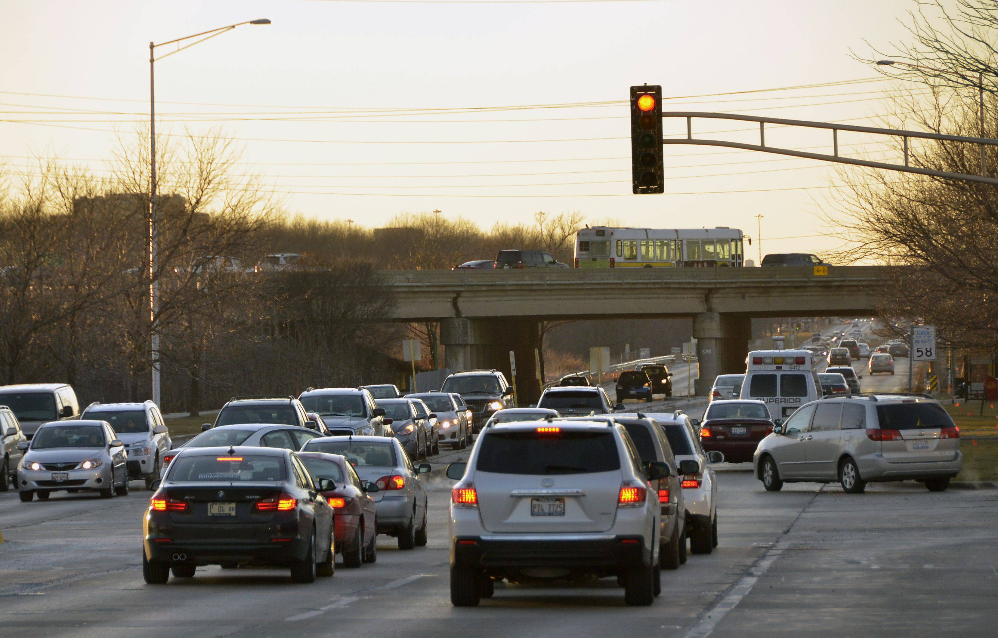 Construction on Golf Road in Rolling Meadows will stretch from Continental Tower Drive to Salt Creek Bridge.