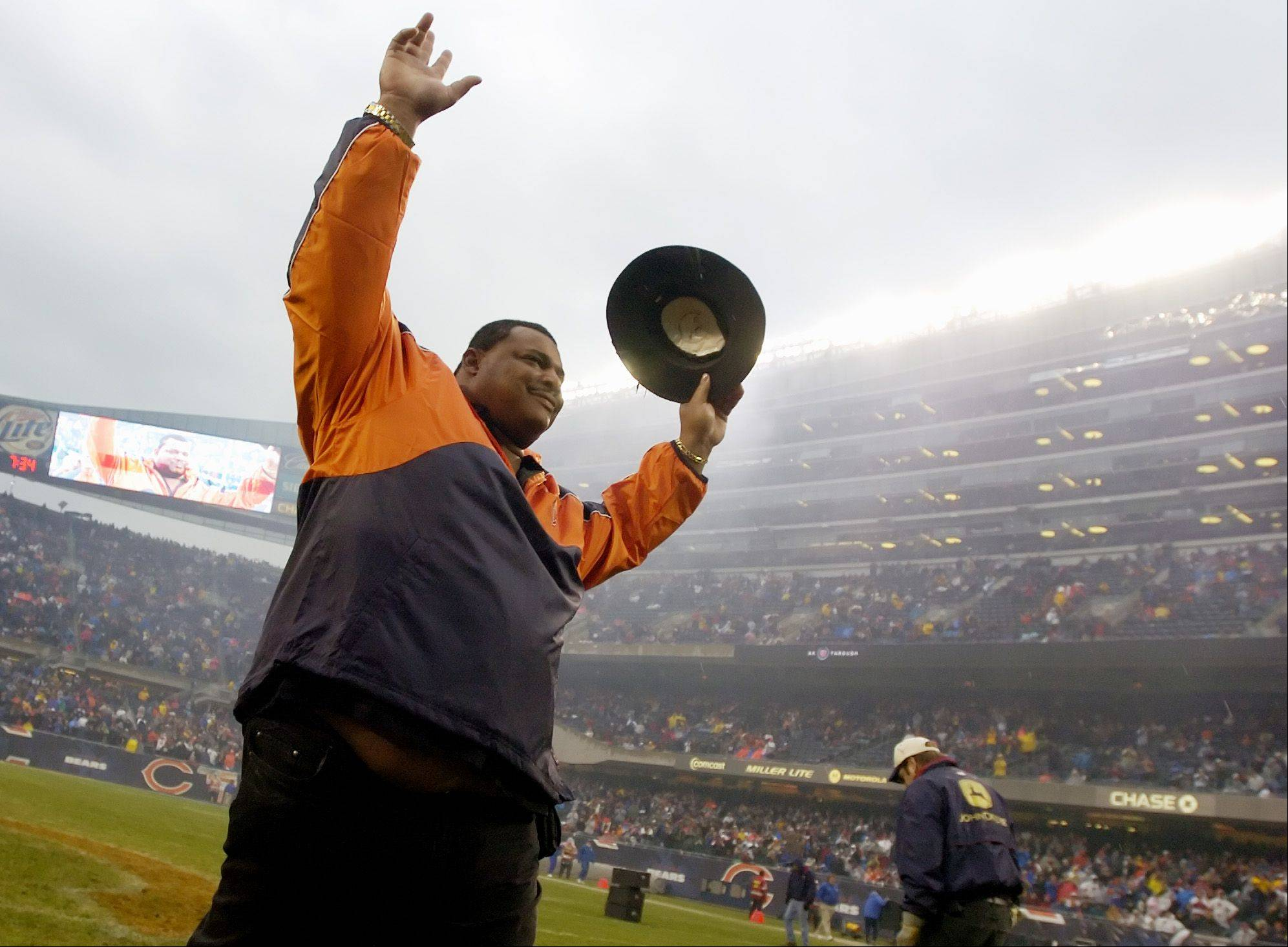 "What the Bears need now is more defensive linemen like William ""Refrigerator"" Perry."