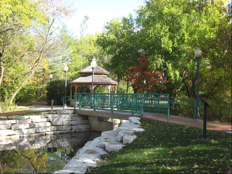 Olde Schaumburg Centre Park, located in Schaumburg's Olde Schaumburg Centre Historic District, received an Excellence in Landscape Silver Award from the Illinois Landscape Contractors Association.