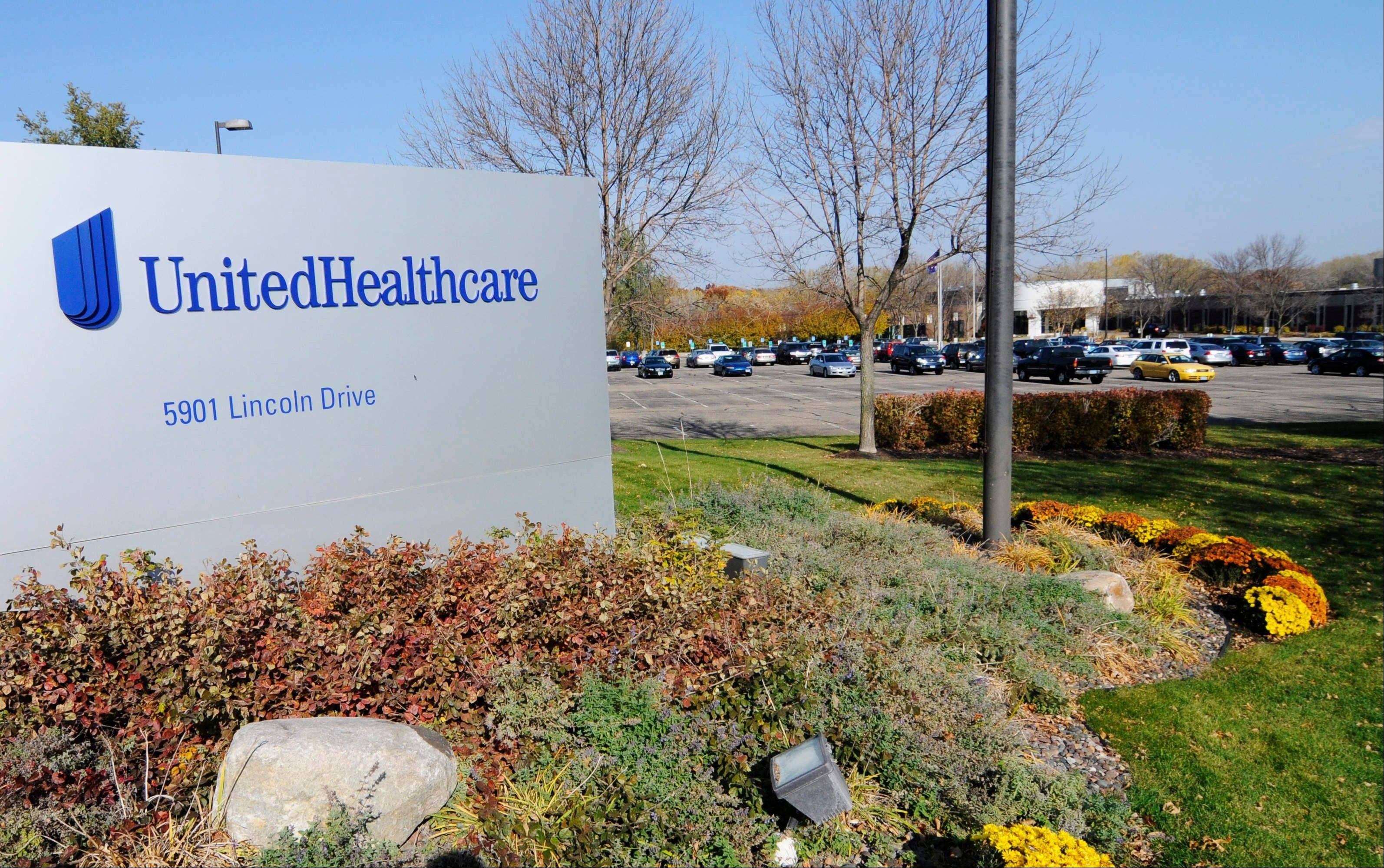 UnitedHealth Group Inc.'s fourth-quarter net income slipped 1 percent, as growing medical costs countered revenue gains for the nation's largest health insurer.