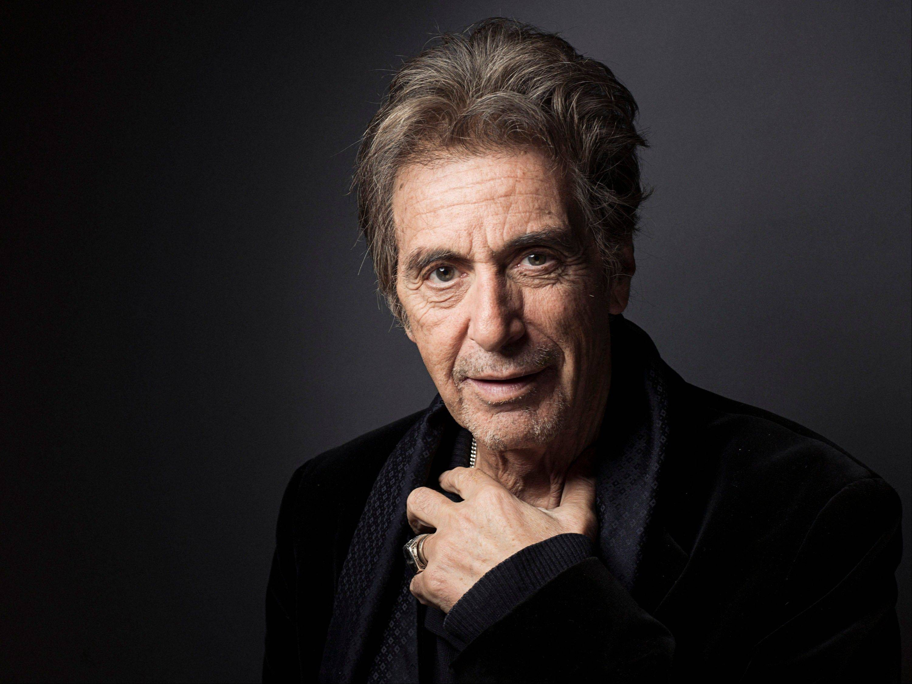 "Al Pacino will play Joe Paterno in a movie about the late Penn State football coach. Brian De Palma will direct ""Happy Valley,"" the tentative title of the film, based on Joe Posnanski's best-seller ""Paterno."""