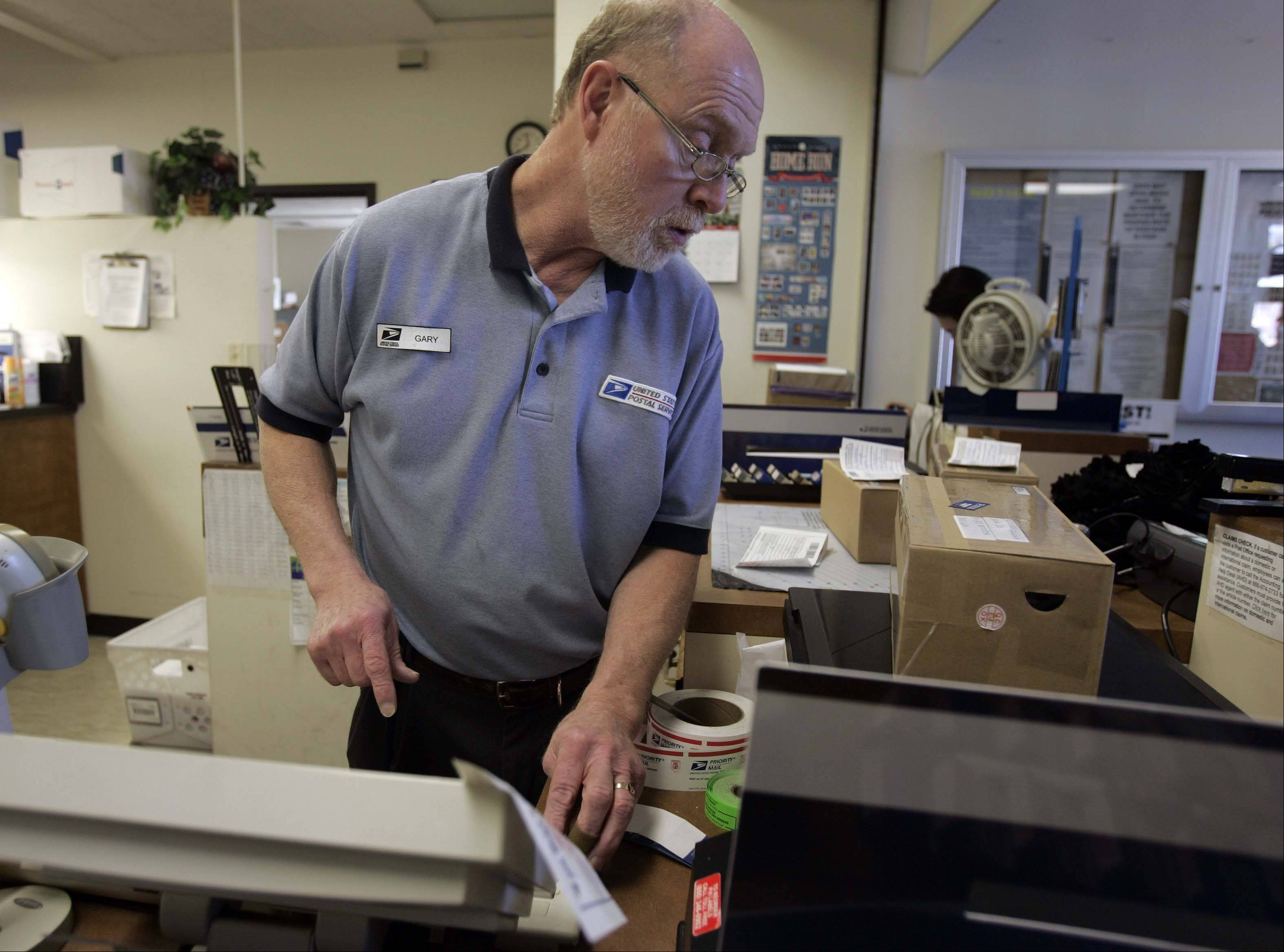 A staple at the front desk, Gary Steinmann will retire from the West Dundee post office after 40 years.