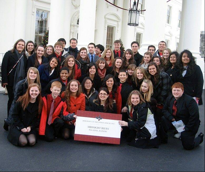 Palatine High School choir students pose outside of the White House on performance day.