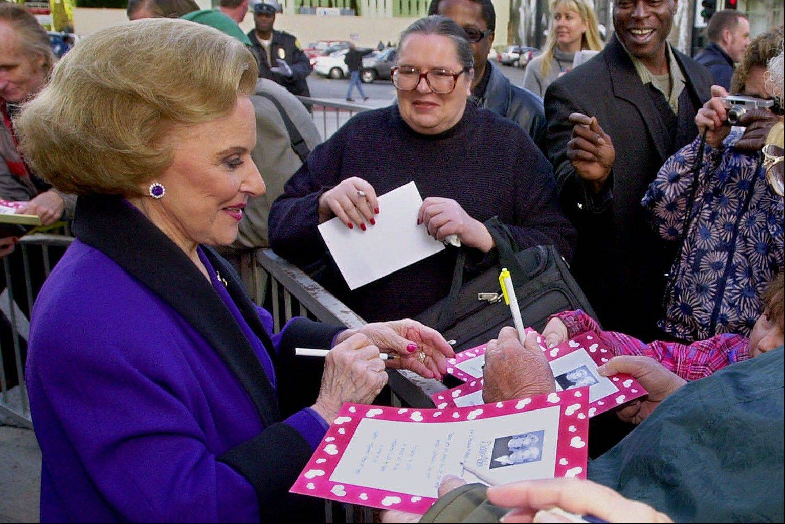 """Dear Abby"" advice columnist Pauline Friedman Phillips, 82, known to millions of readers as Abigail van Buren, signs autographs for some of dozens of fans after the dedication of a ""Dear Abby"" star on the Hollywood Walk of Fame in Los Angeles."