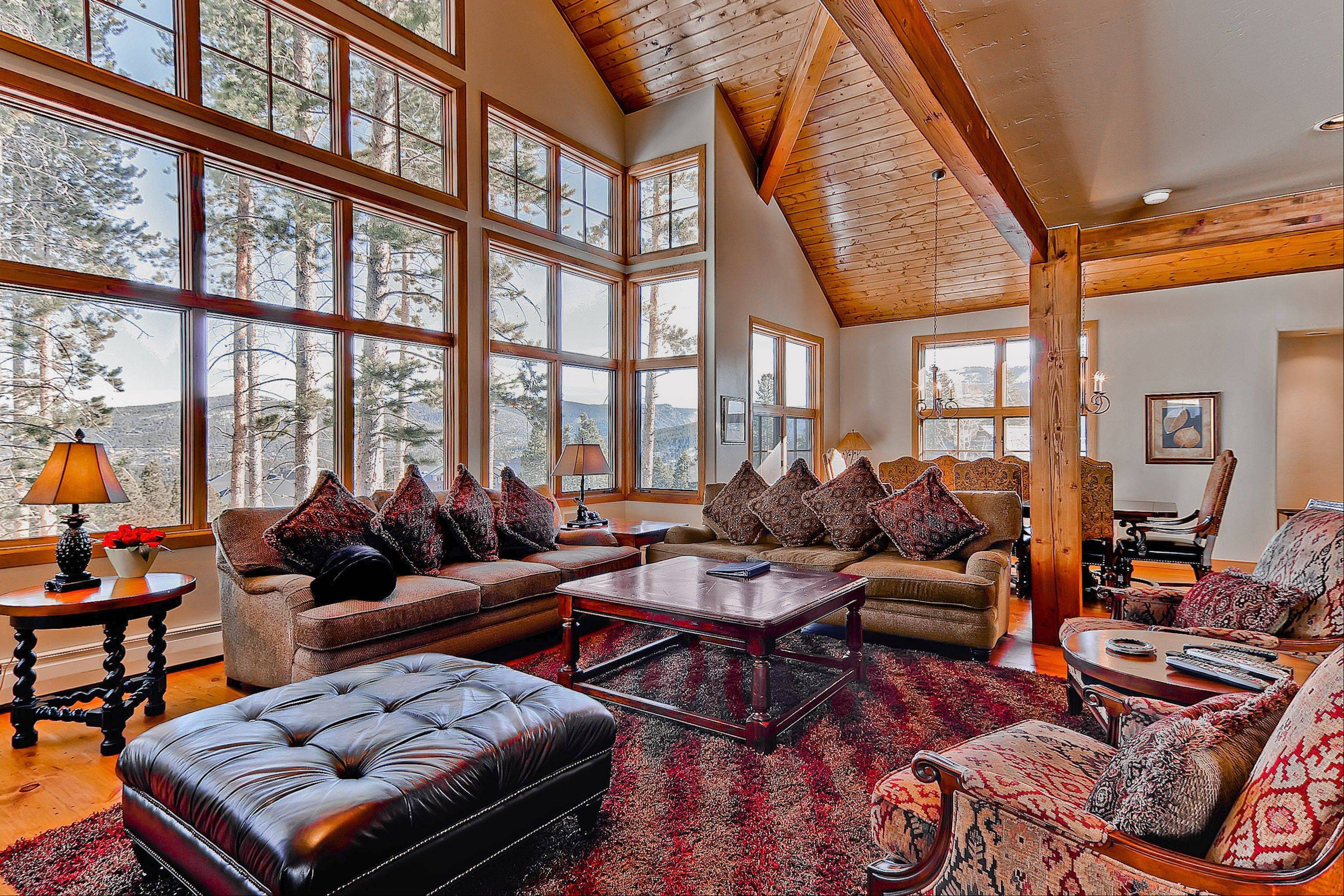 The Breckenridge Westridge Lodge in Colorado has six bedrooms and can sleep 20 people.