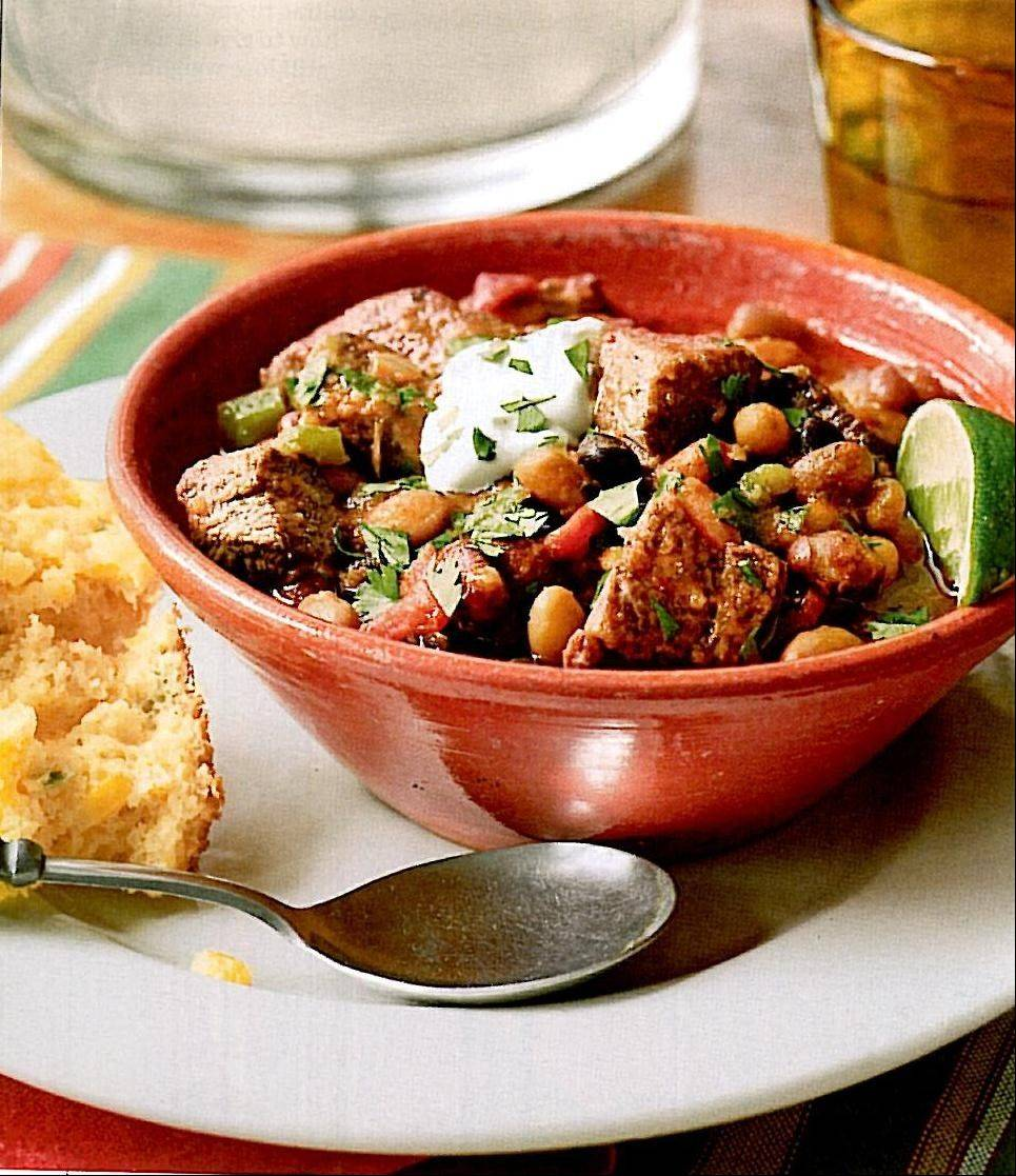 Chipotle Beef Chili comes in at 325 calories per bowl.