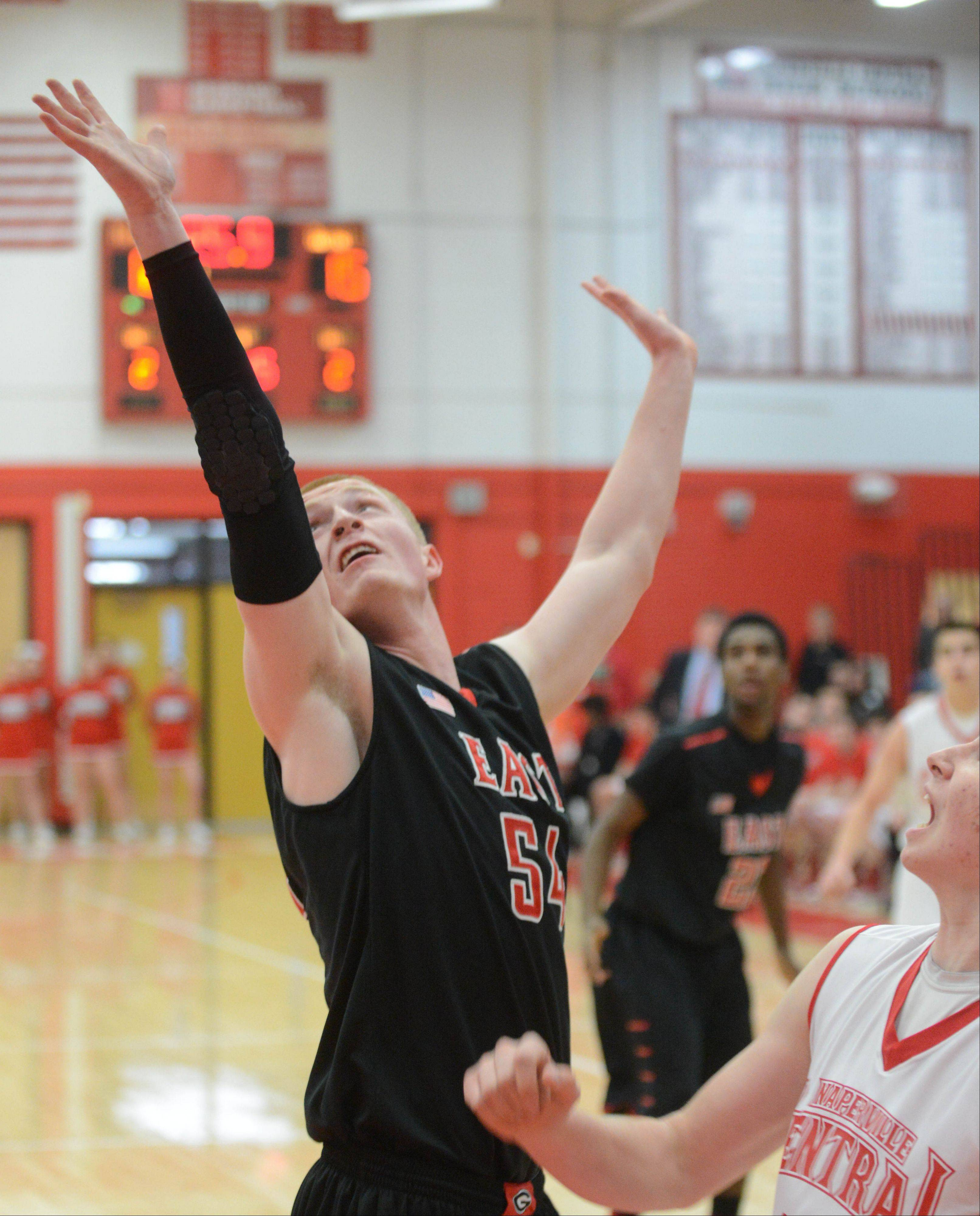 Naperville Central hosted Glenbard East Friday night for boys basketball.