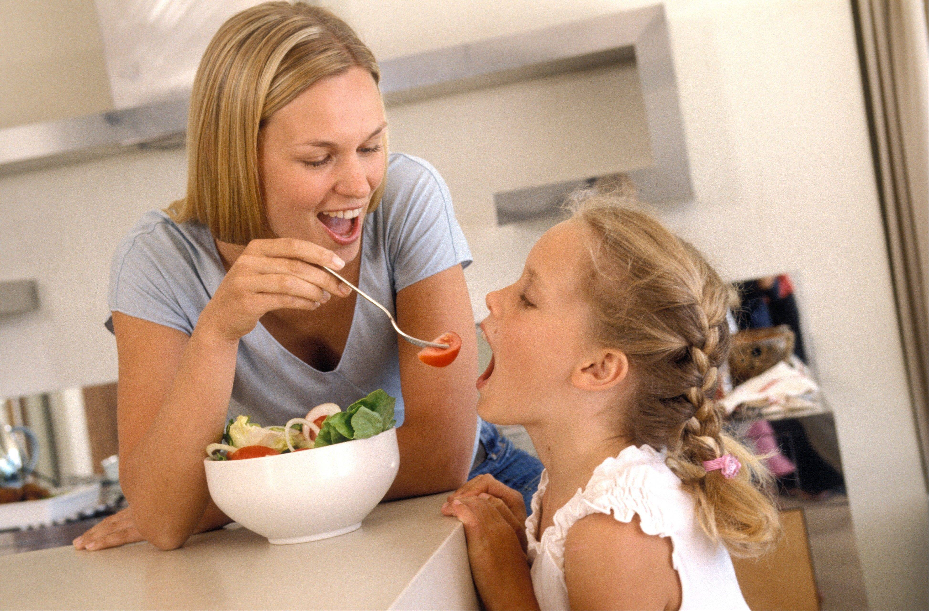 Children are often not too hungry at dinner, but instead want to load up in the afternoon after naps, or school. Take advantage of that hunger and offer vegetable-based snacks, as opposed to those with a lot of carbohydrates.