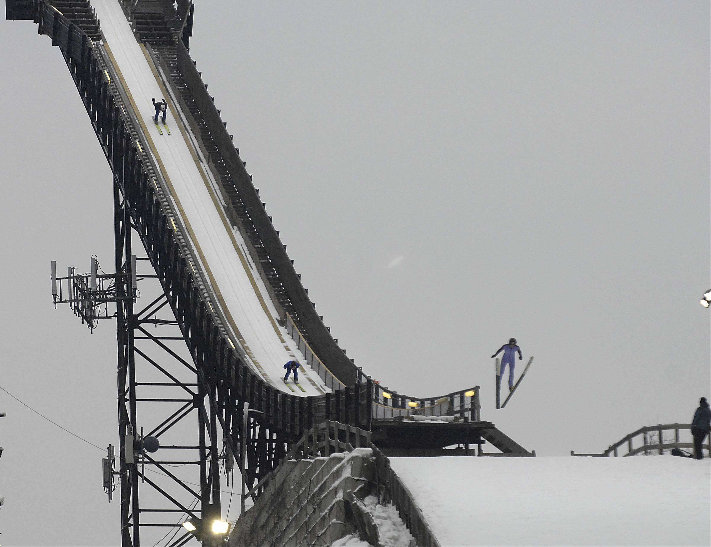 Weather doesn't deter 'hardy' ski jumping fans