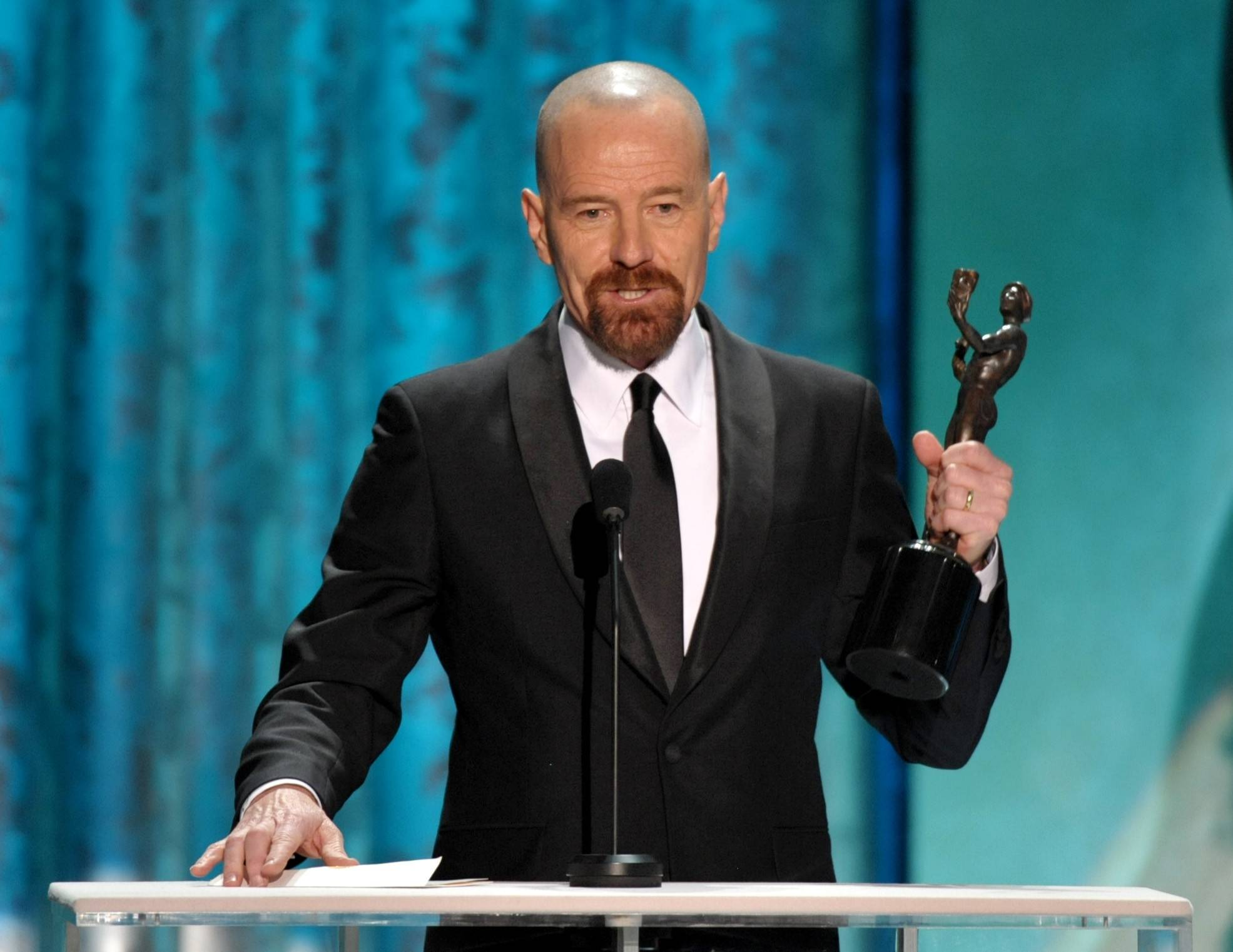 "Bryan Cranston gives his acceptance speech for his SAG Award for ""Breaking Bad."""
