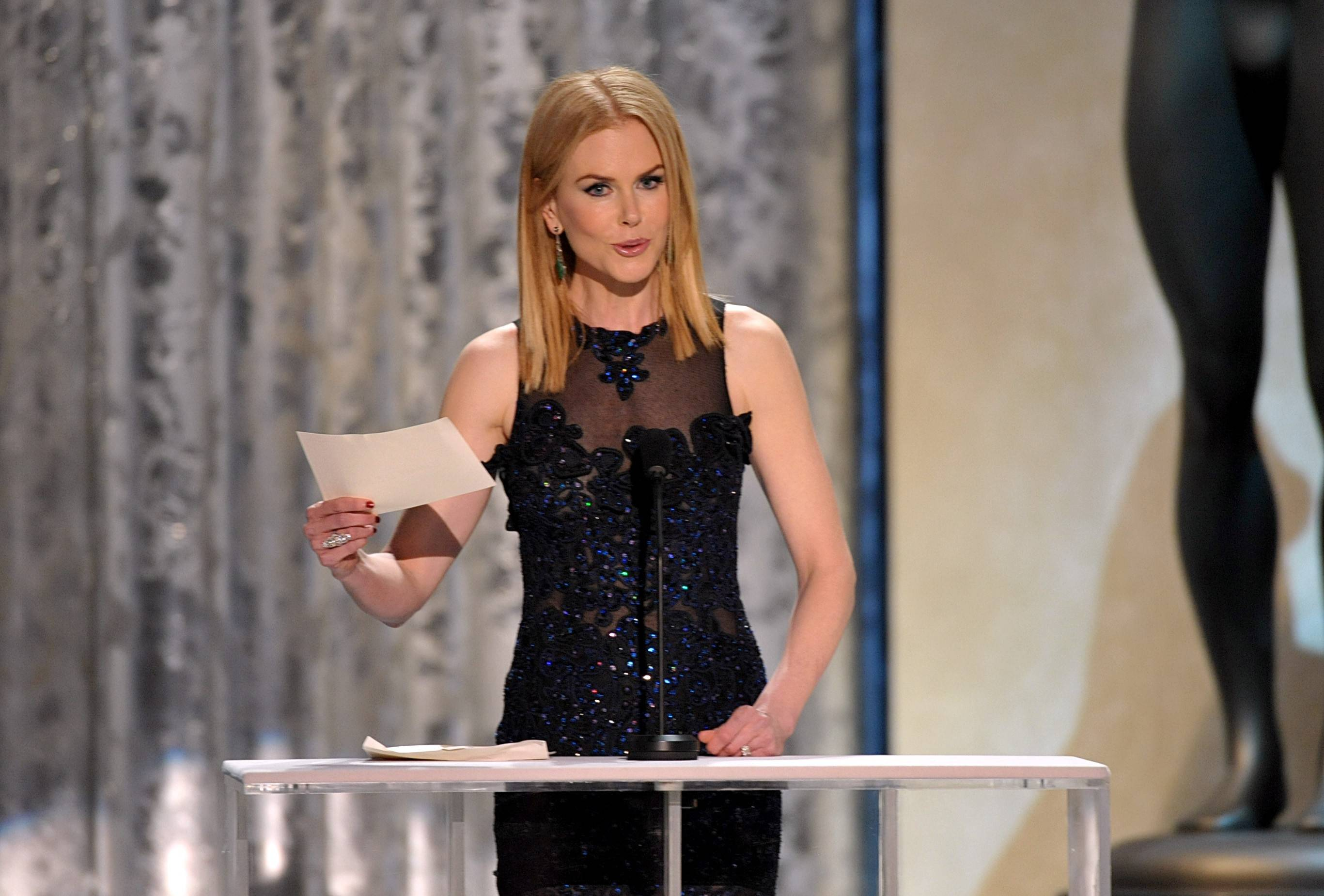 Nicole Kidman gets ready to present an award during the SAG ceremony.
