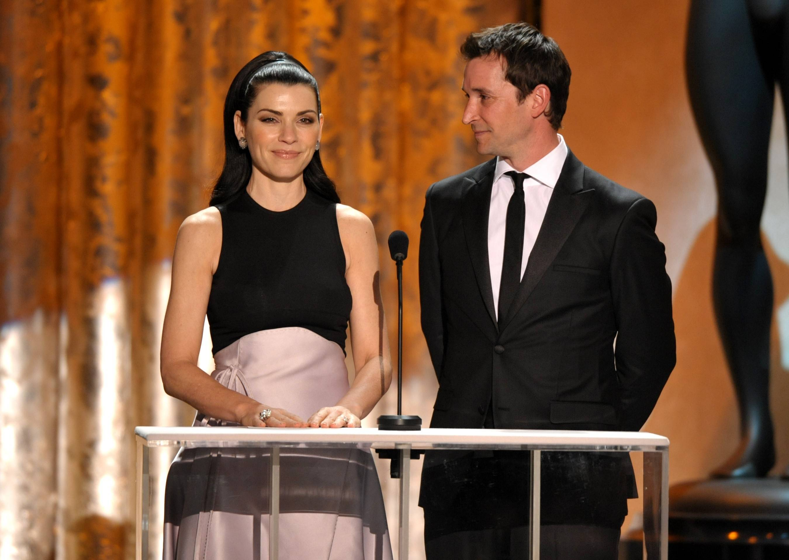 "Former ""ER"" costars Julianna Margulies and Noah Wylie reunited to present an award at the SAGs."