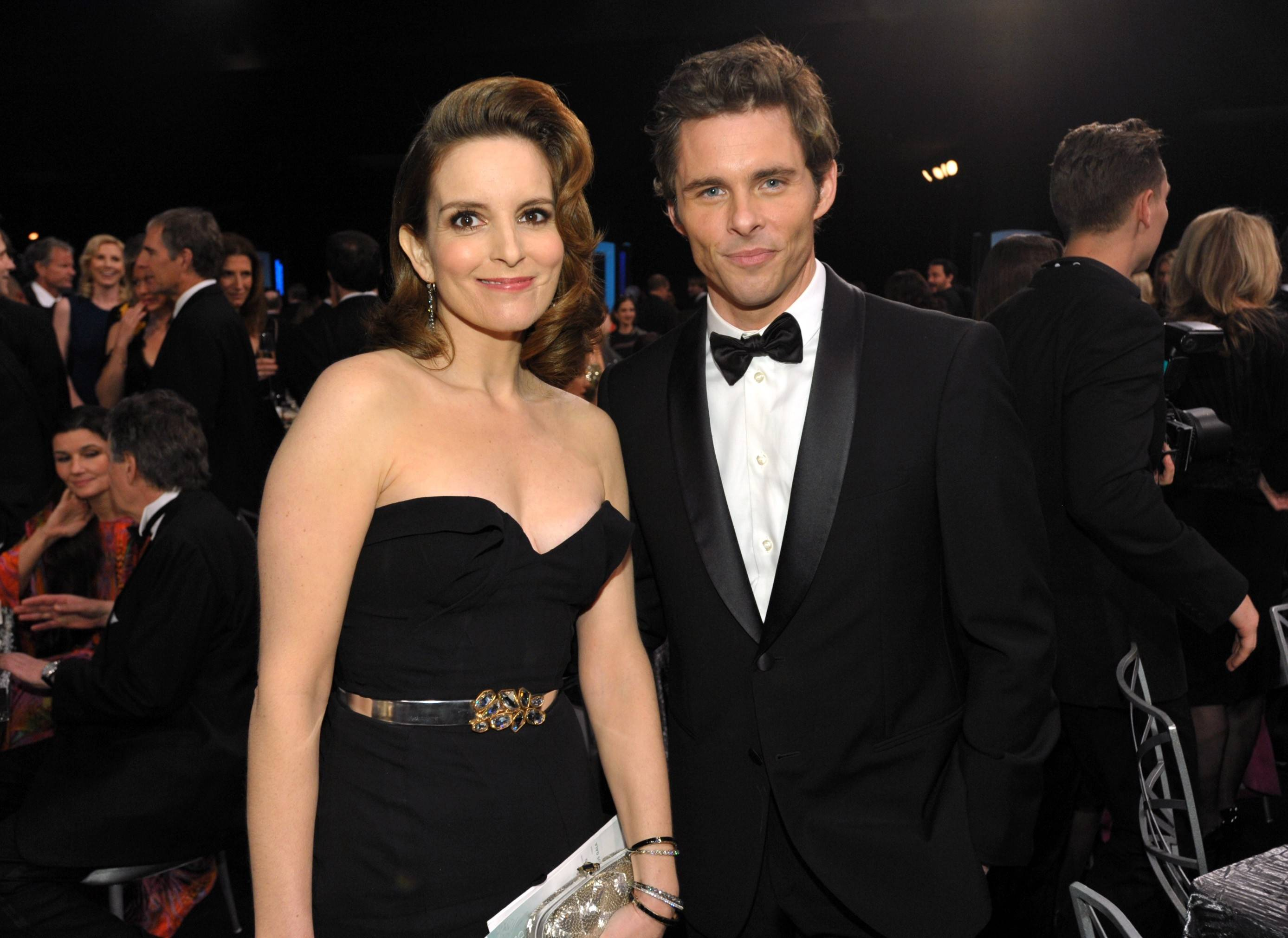 On screen loves Tina Fey and James Marsden get caught by the cameras.