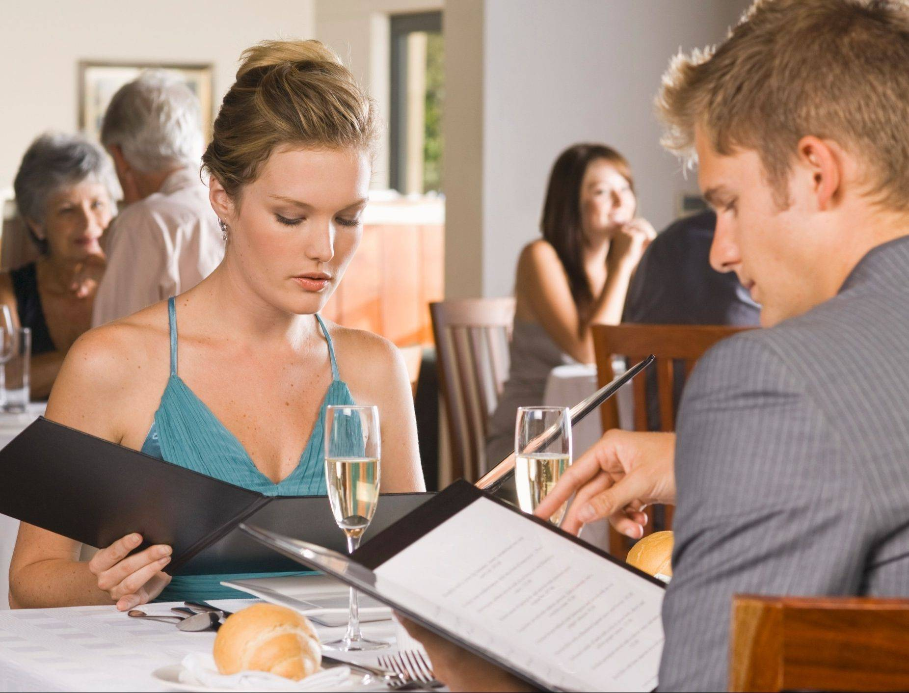 Carefully picking and choosing healthy items from a menu can make eating out a more pleasurable experience.
