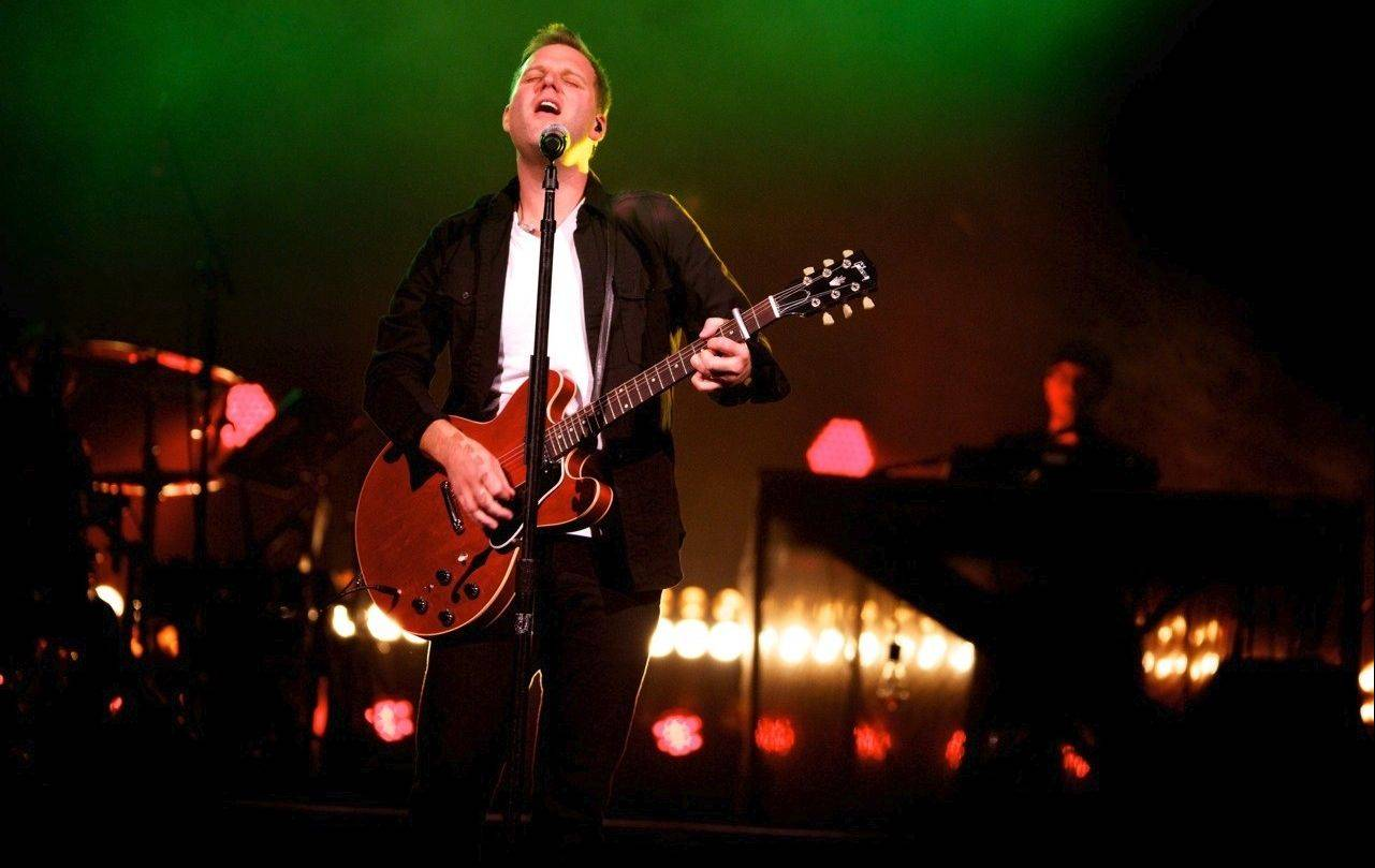 Christian music singer/songwriter Matthew West, of Downers Grove, is nominated for two Grammy Awards.