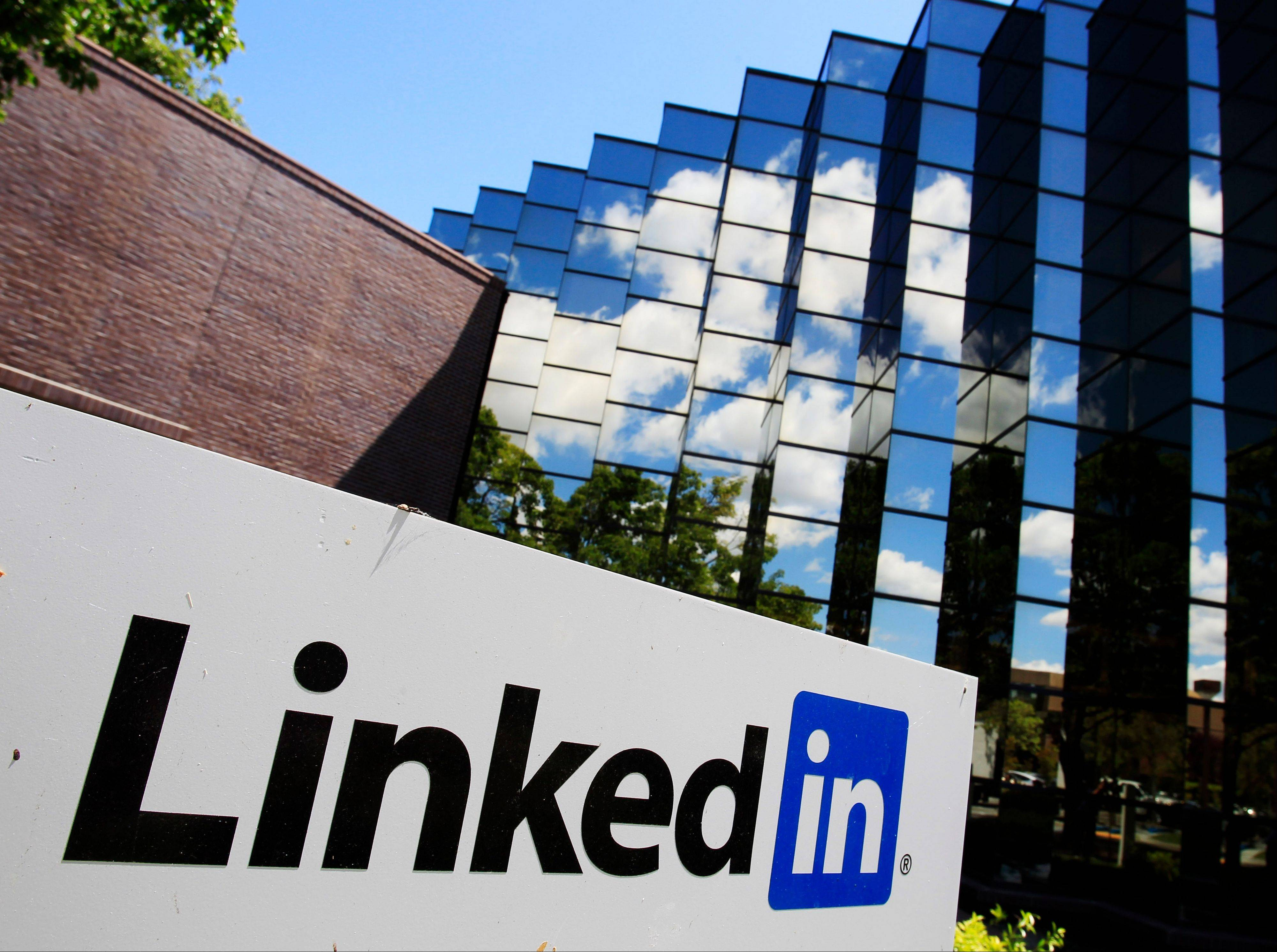 Linkedin reported fourth-quarter earnings above investors' expectations Thursday.