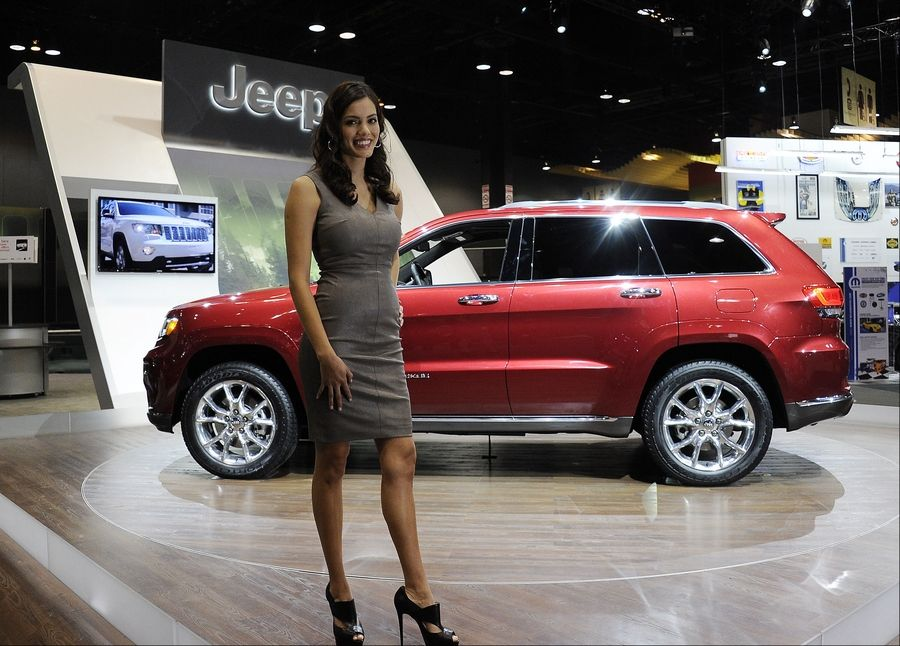 Jeep rolled out its 2014 Grand Cherokee at the Chicago Auto Show Thursday.