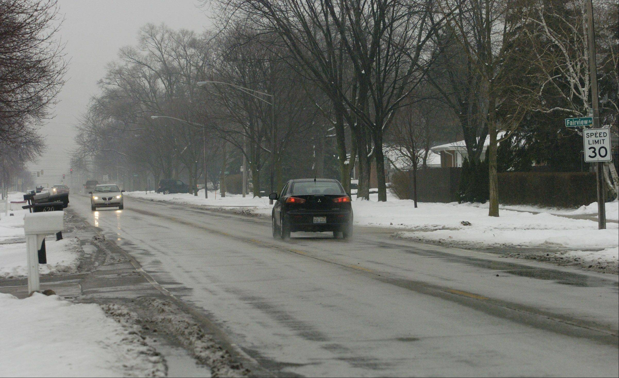 Mount Prospect has agreed to take jurisdiction of a stretch of Kensington Road between Forest Avenue and Elmhurst Road later this year after the Illinois Department of Transportation completes at $3.3 million reconstruction project.