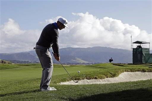 Hunter Mahan was bracing for the worst at Pebble Beach and instead was reminded how much he loves this place. The rain stayed away Thursday and Mahan took advantage of gorgeous conditions for a 6-under 66 that gave him a share of the lead to par with Russell Knox in the Pebble Beach National Pro-Am.