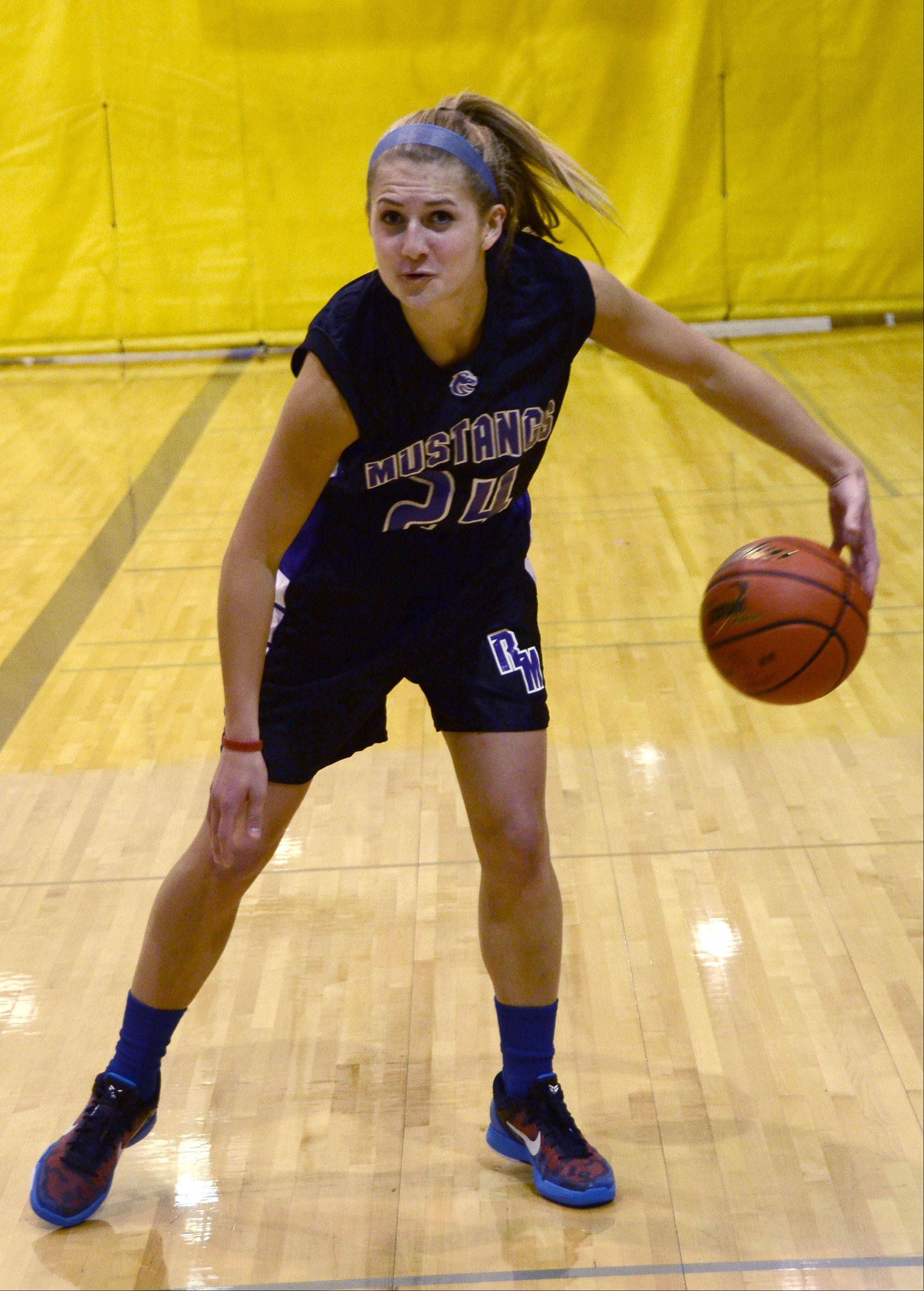 Rolling Meadows junior standout Alexis Glasgow has committed to a basketball future at Northwestern.