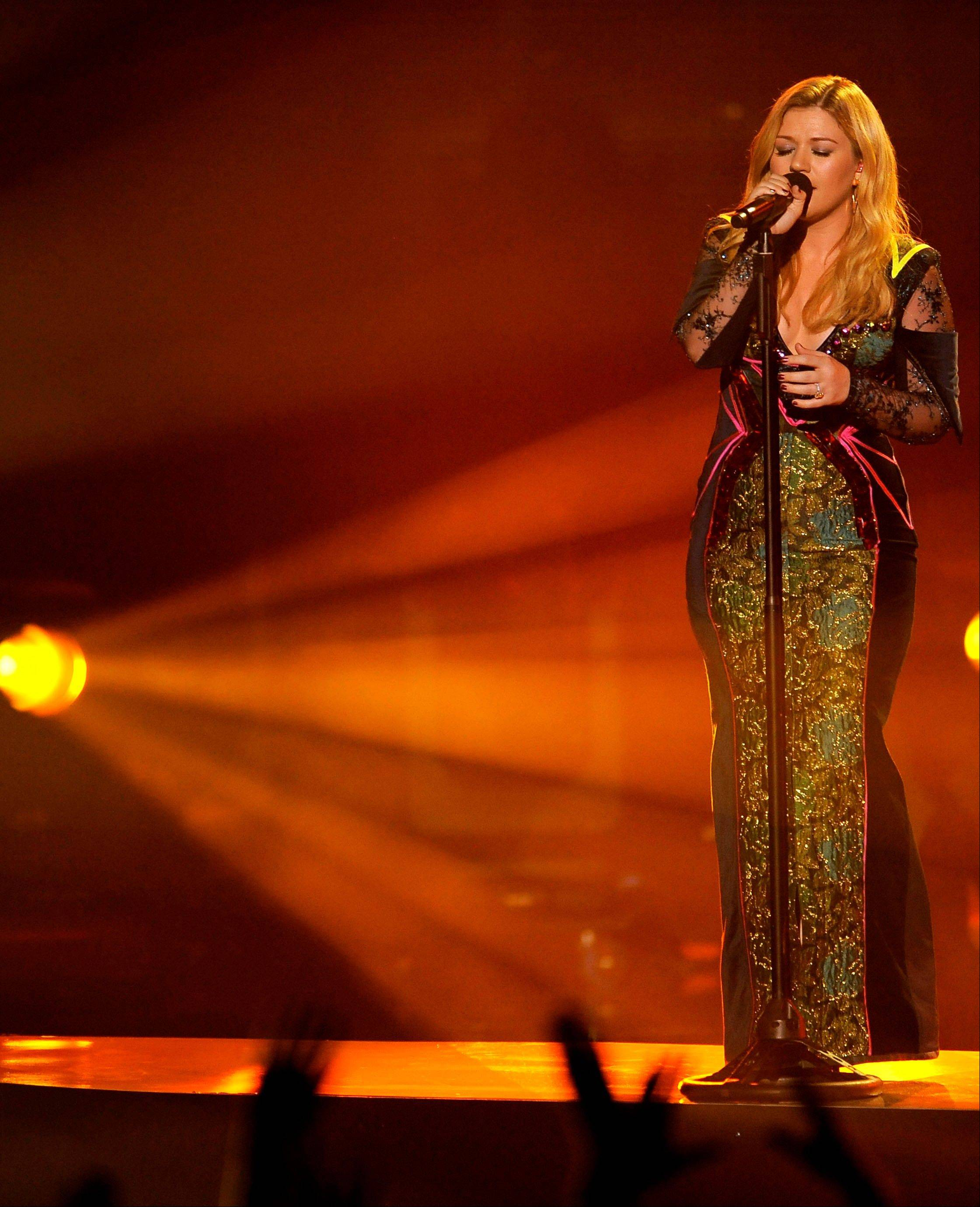 Kelly Clarkson is hoping for a big night at the Grammy Awards on Sunday.