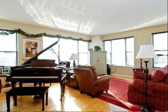Most of the downtown condominiums in Arlington Heights feature an open layout with a great room.