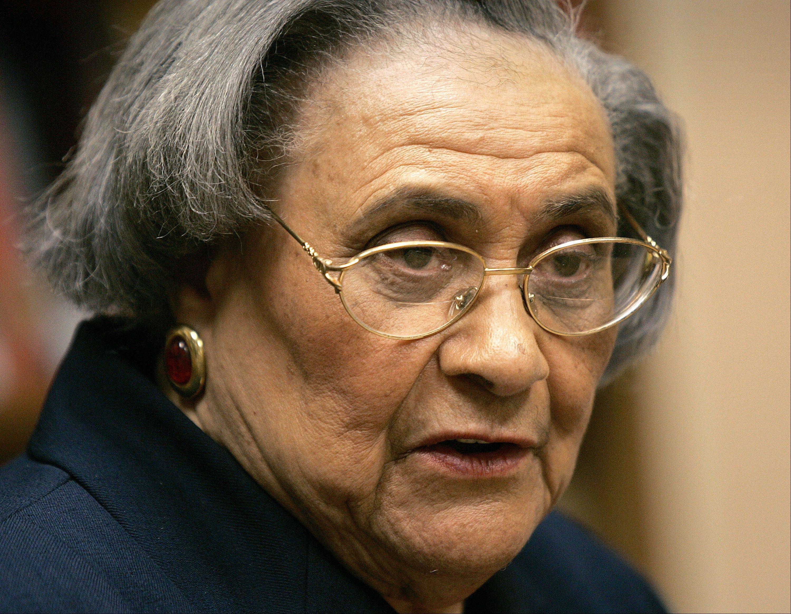 This Jan. 31, 2005, file photo shows Essie Mae Washington-Williams during a book signing in Washington. Washington-Williams, the daughter of one-time segregationist Sen. Strom Thurmond who kept her parentage secret for more than 70 years to avoid damaging his political career, died Monday, Feb. 4, 2013. She was 87.