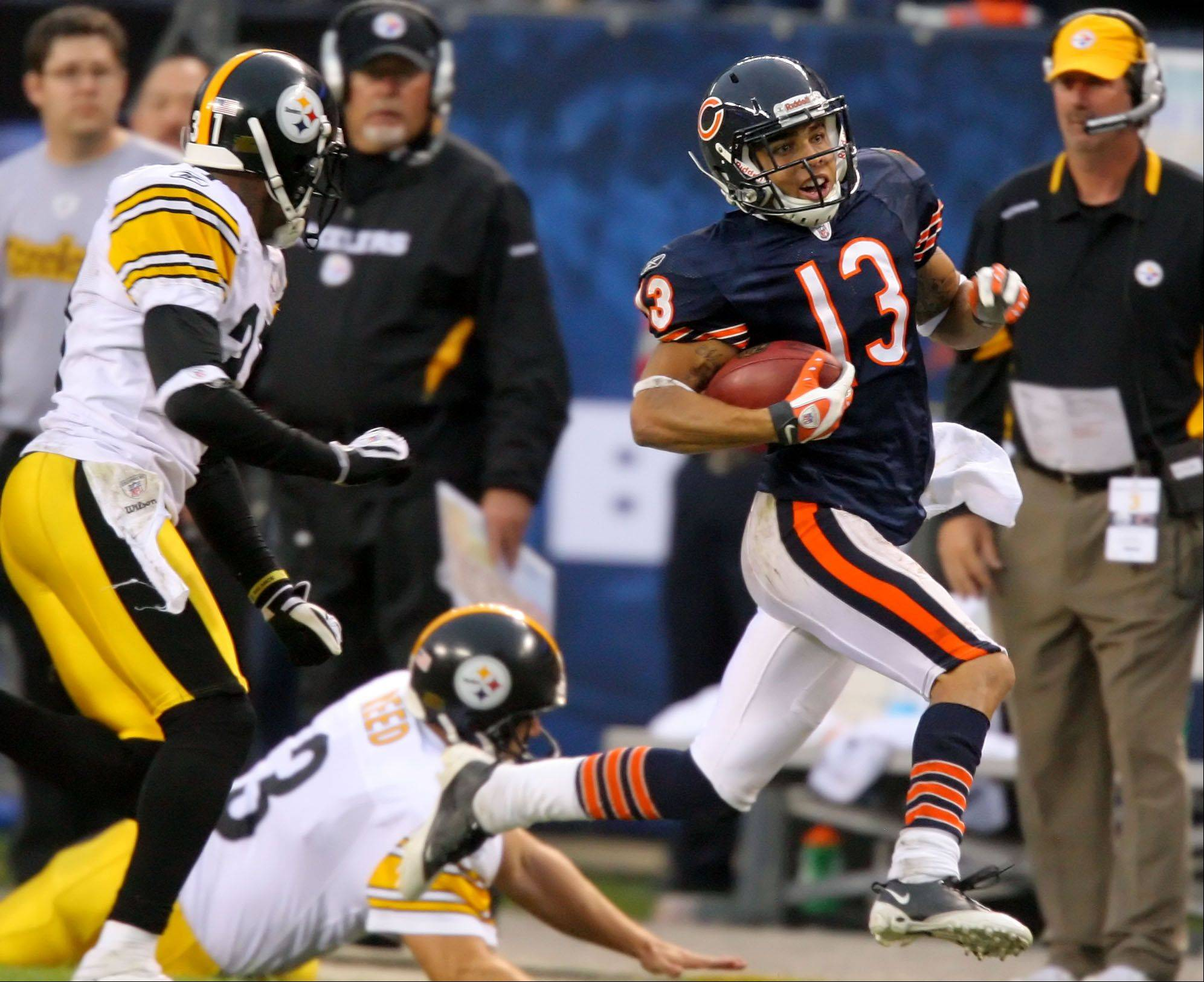 Bears wide receiver Johnny Knox breaks away on a kick return during a win 17-14 over the Steelers.