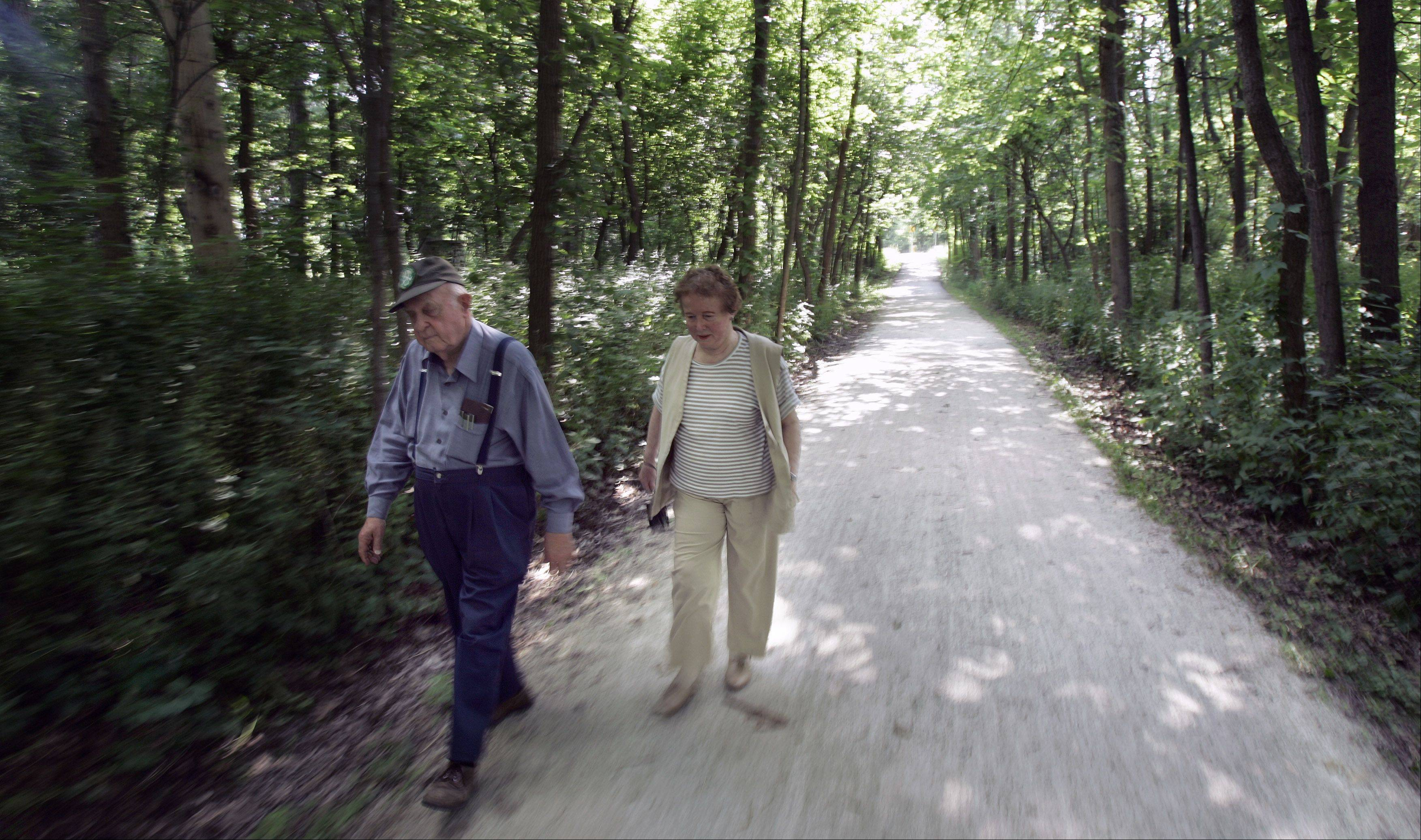 Jean Mooring and her husband Paul were among the first advocates of the Illinois Prairie Path in the 1960s. Since that time, they worked to maintain a section of the path near their home in Glen Ellyn.