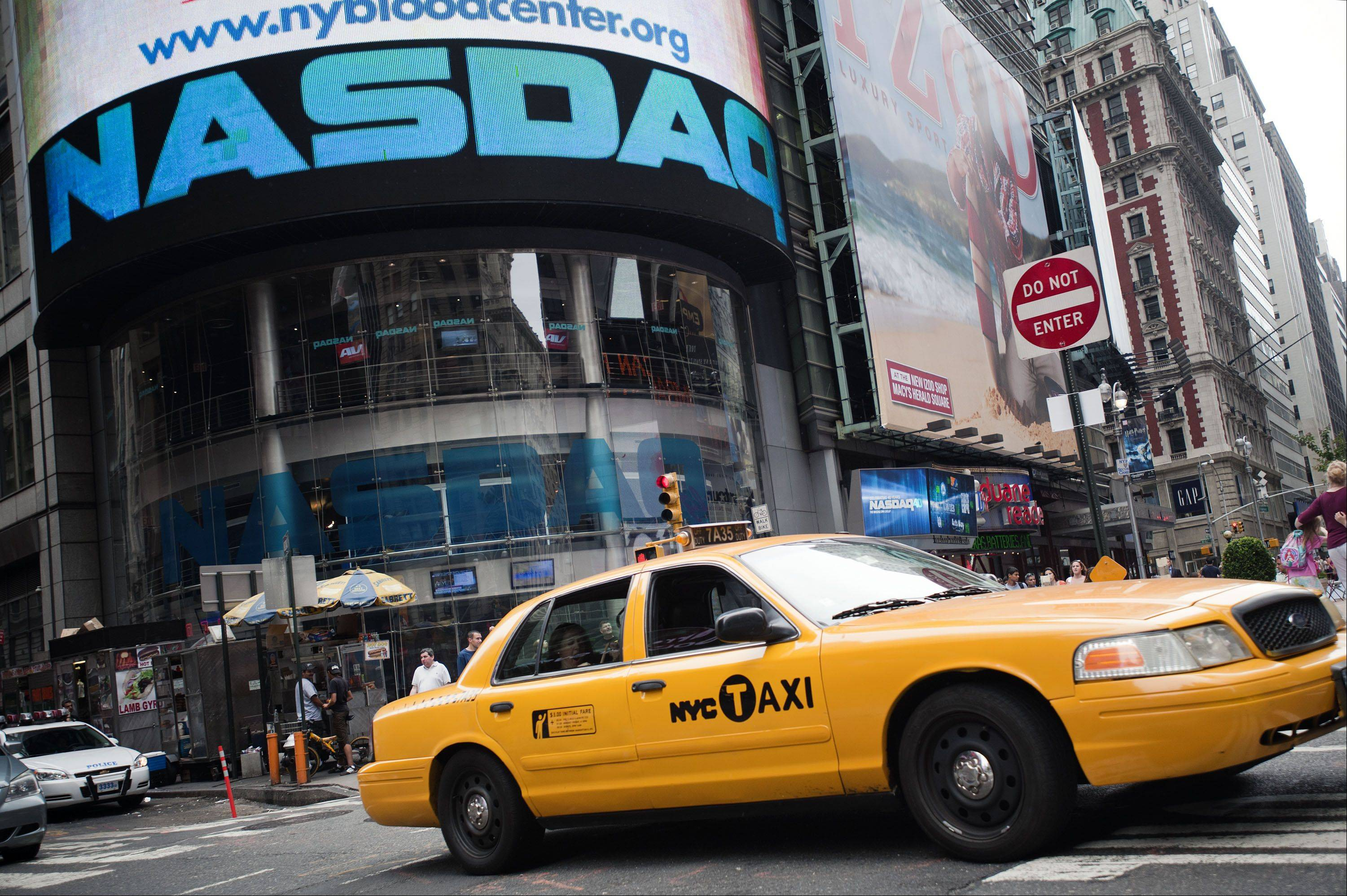 New York City livery cab owners are fighting new rules that would let riders use their smartphones to �e-hail� yellow cabs.