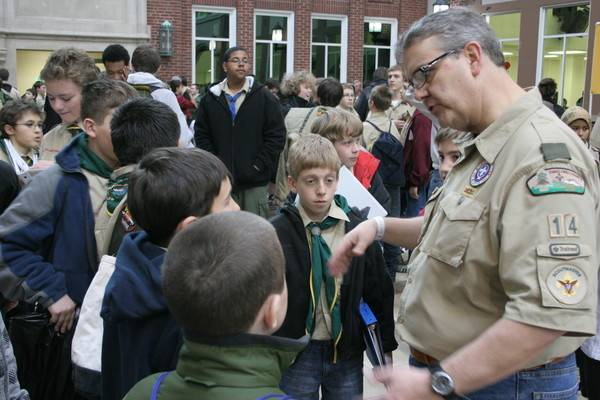Potowatomi Trails District Chair provides guidance to Scouts attending Merit Badge University.