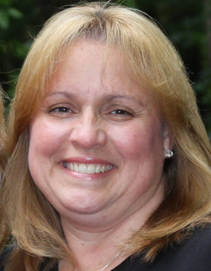 Penny Kazmier, running for Barrington Unit District 220 School Board (4-year Terms)