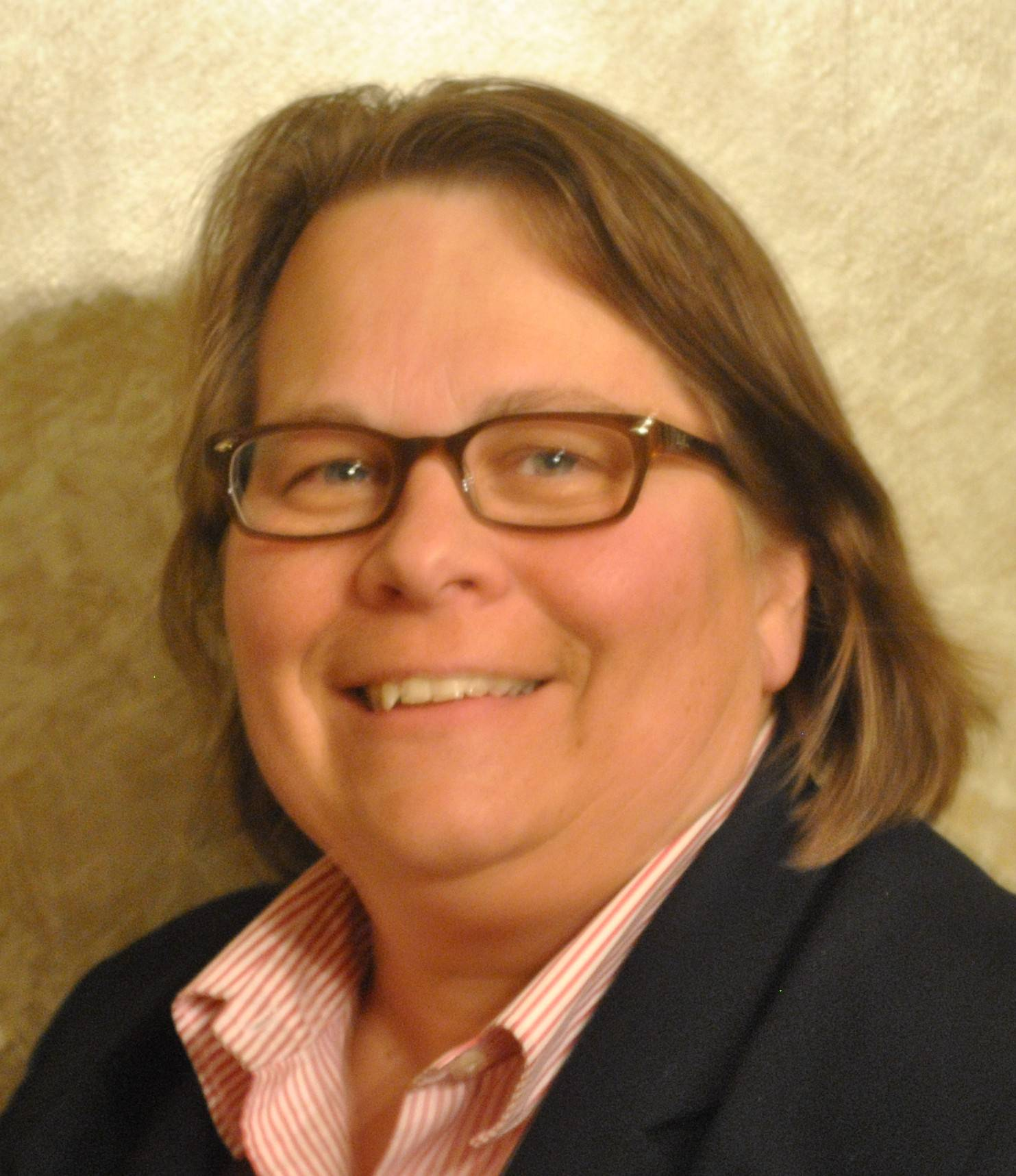 Wendy Schilling, running for Libertyville District 70 School Board (4-year Terms)